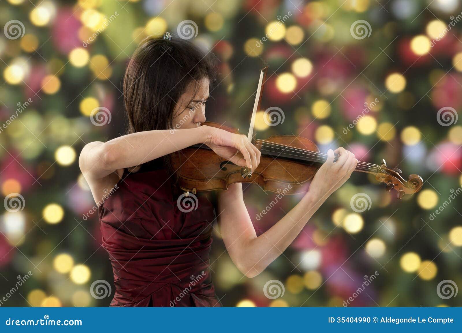 Νέος θηλυκός φορέας βιολιών