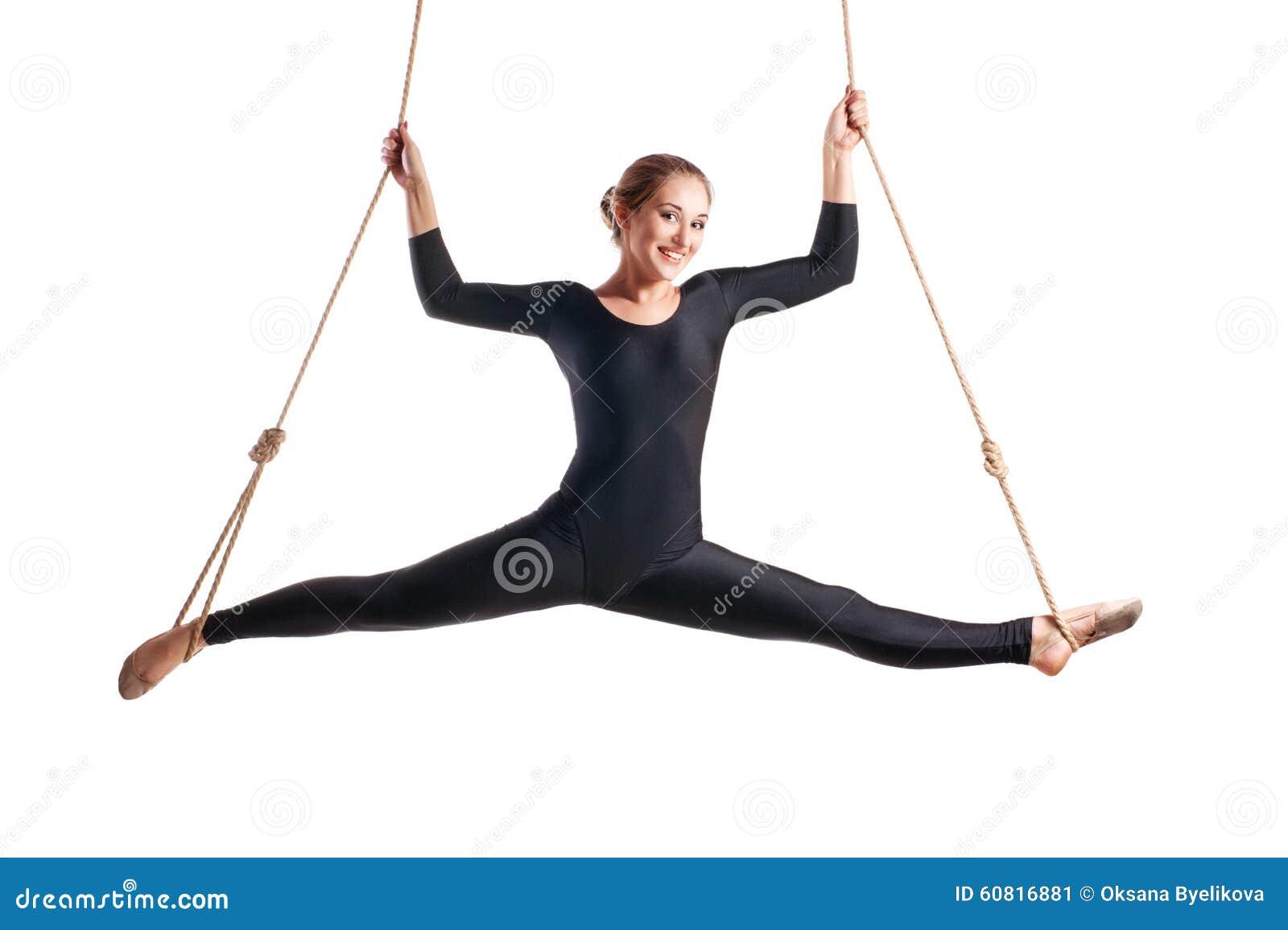 Νέος gymnast γυναικών στο σχοινί