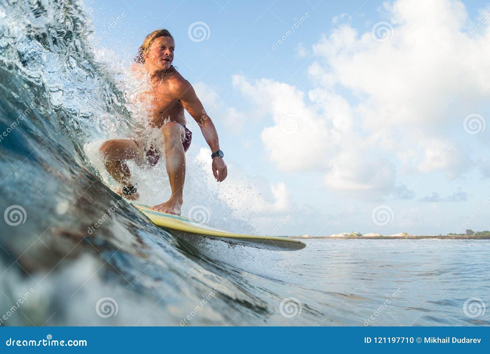 Νέο surfer