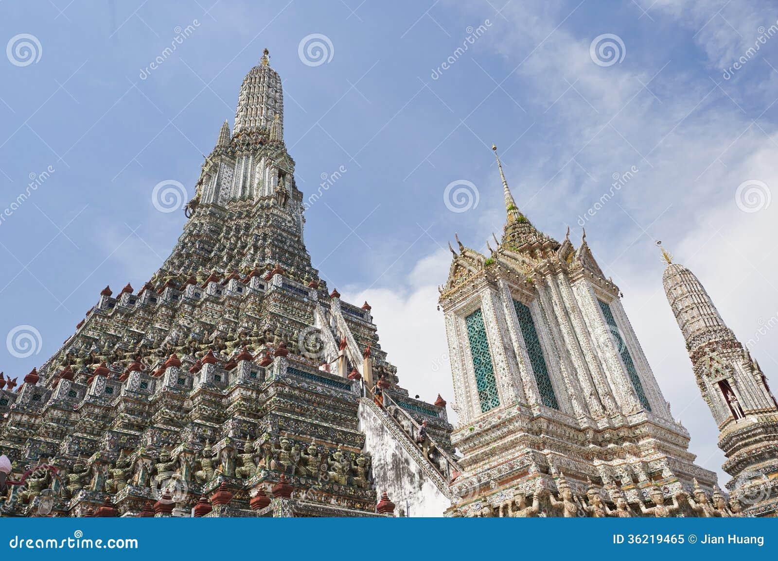 Ναός της Dawn στη Μπανγκόκ