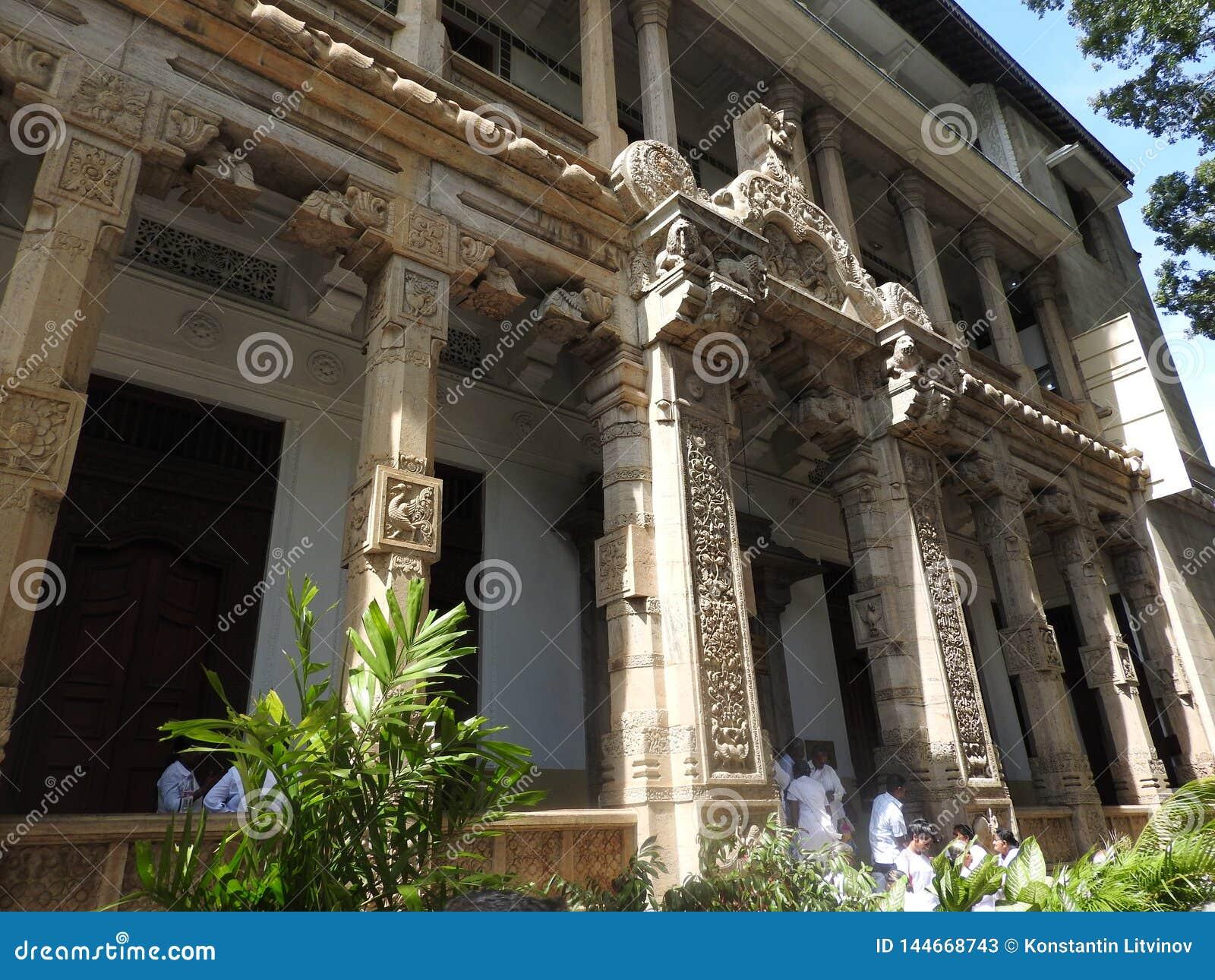 Ναός του ιερού λειψάνου Sri Dalada Maligawa δοντιών σε Kandy, Σρι Λάνκα Βουδιστικό