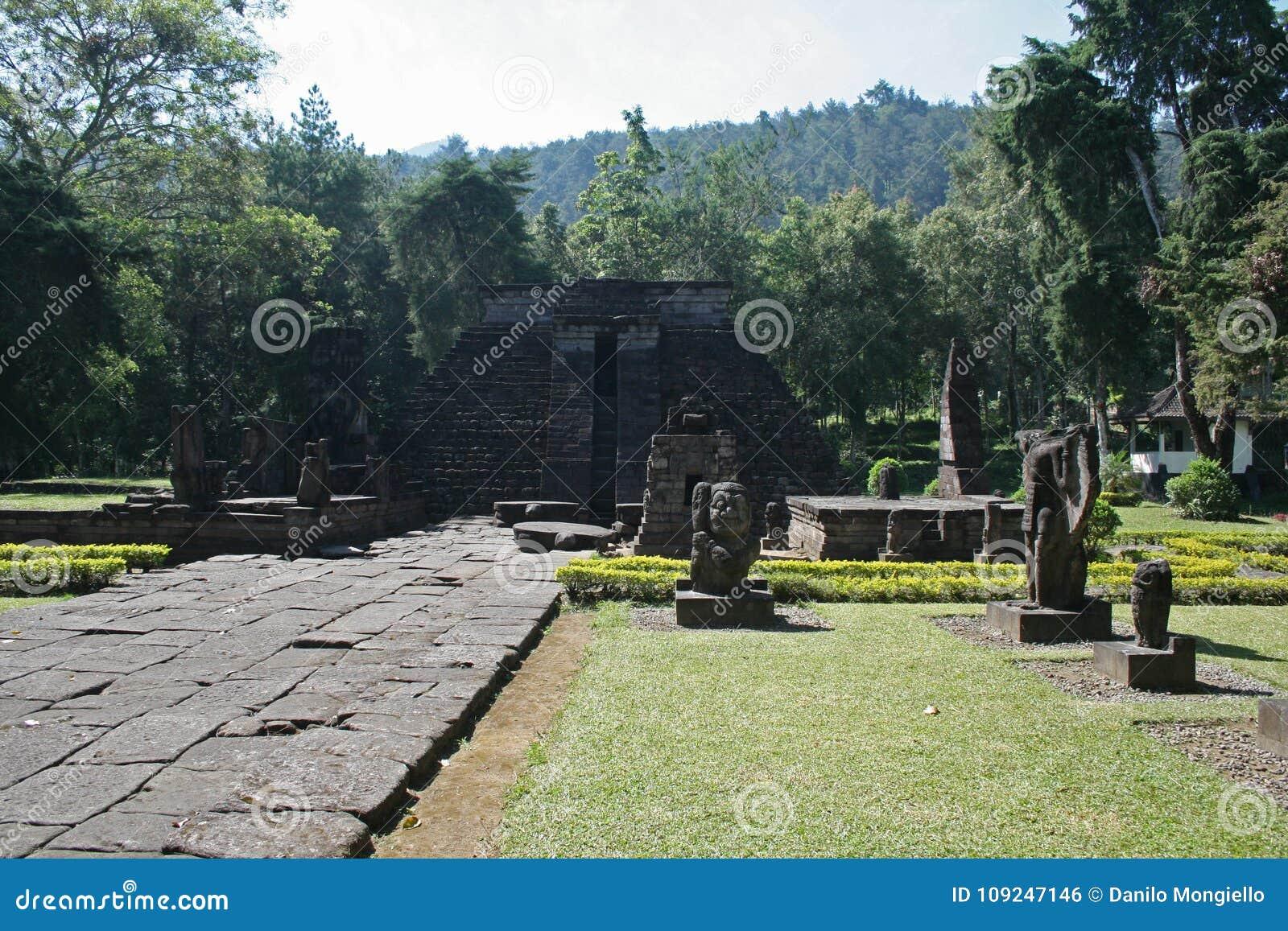 Ναός Candi sukuh
