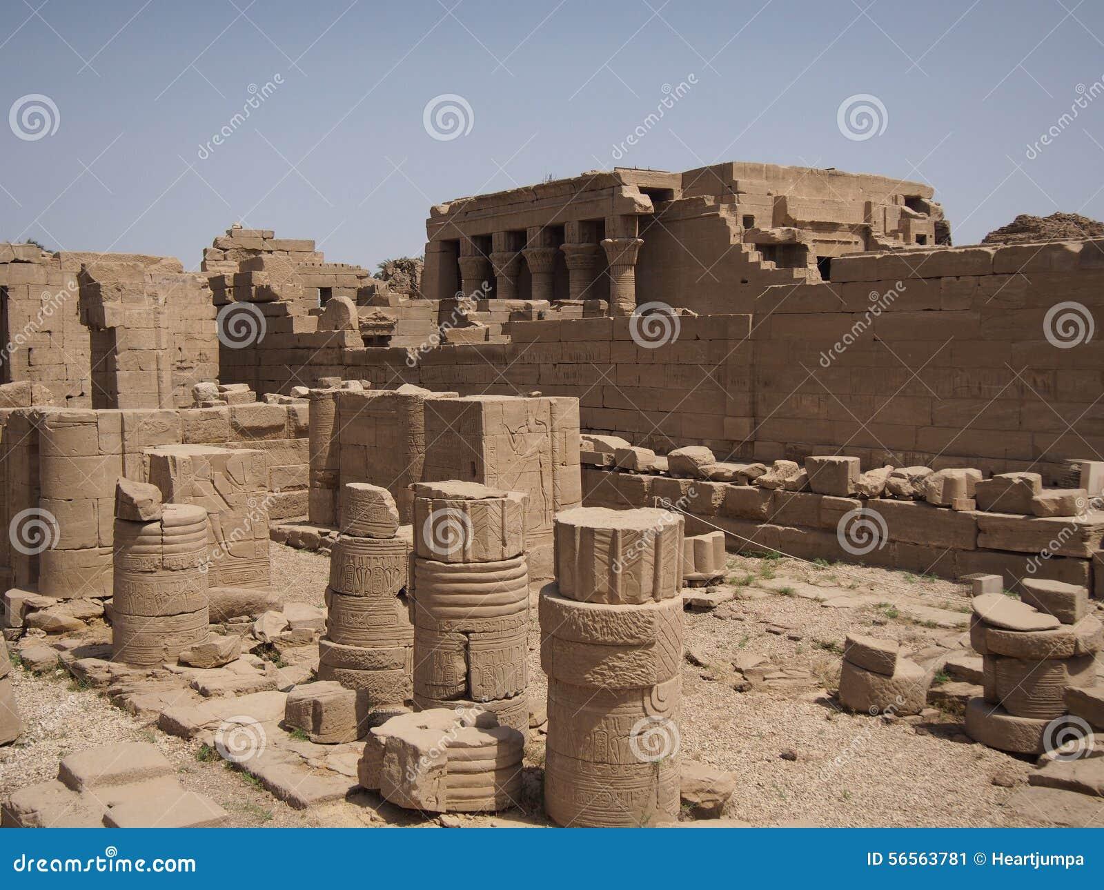 Download Ναός Dendera στοκ εικόνα. εικόνα από αρχιτεκτονικής, ναός - 56563781
