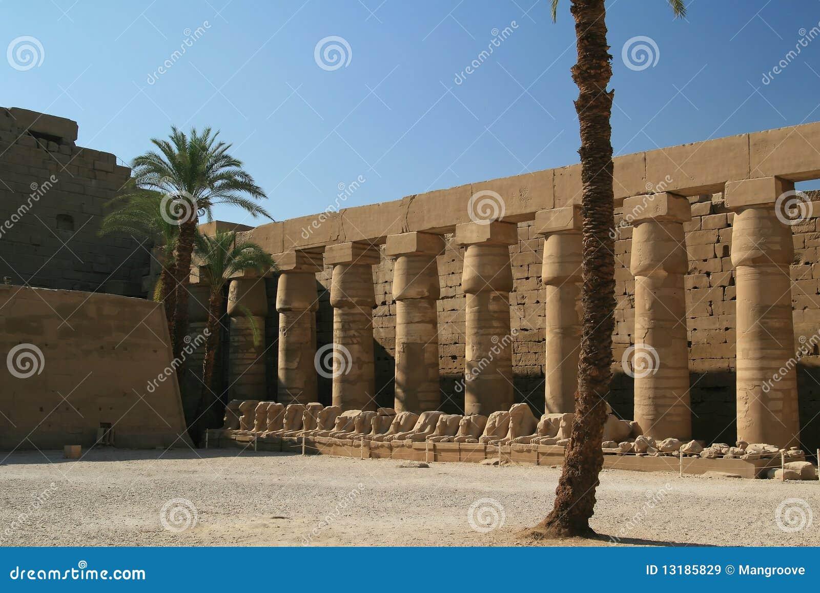 ναός luxor της Αιγύπτου στηλών