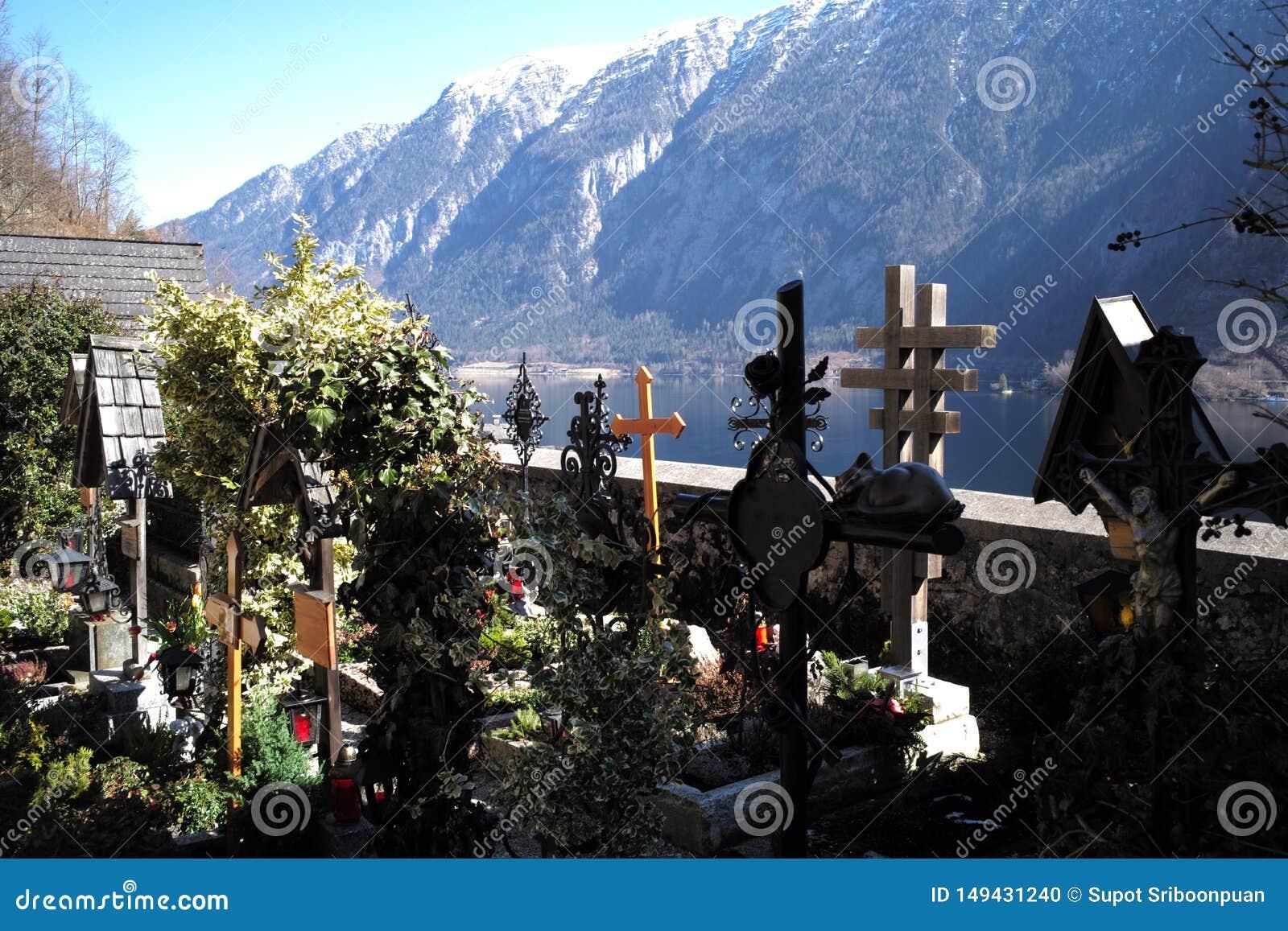 Νεκροταφείο στη λίμνη hallstatt