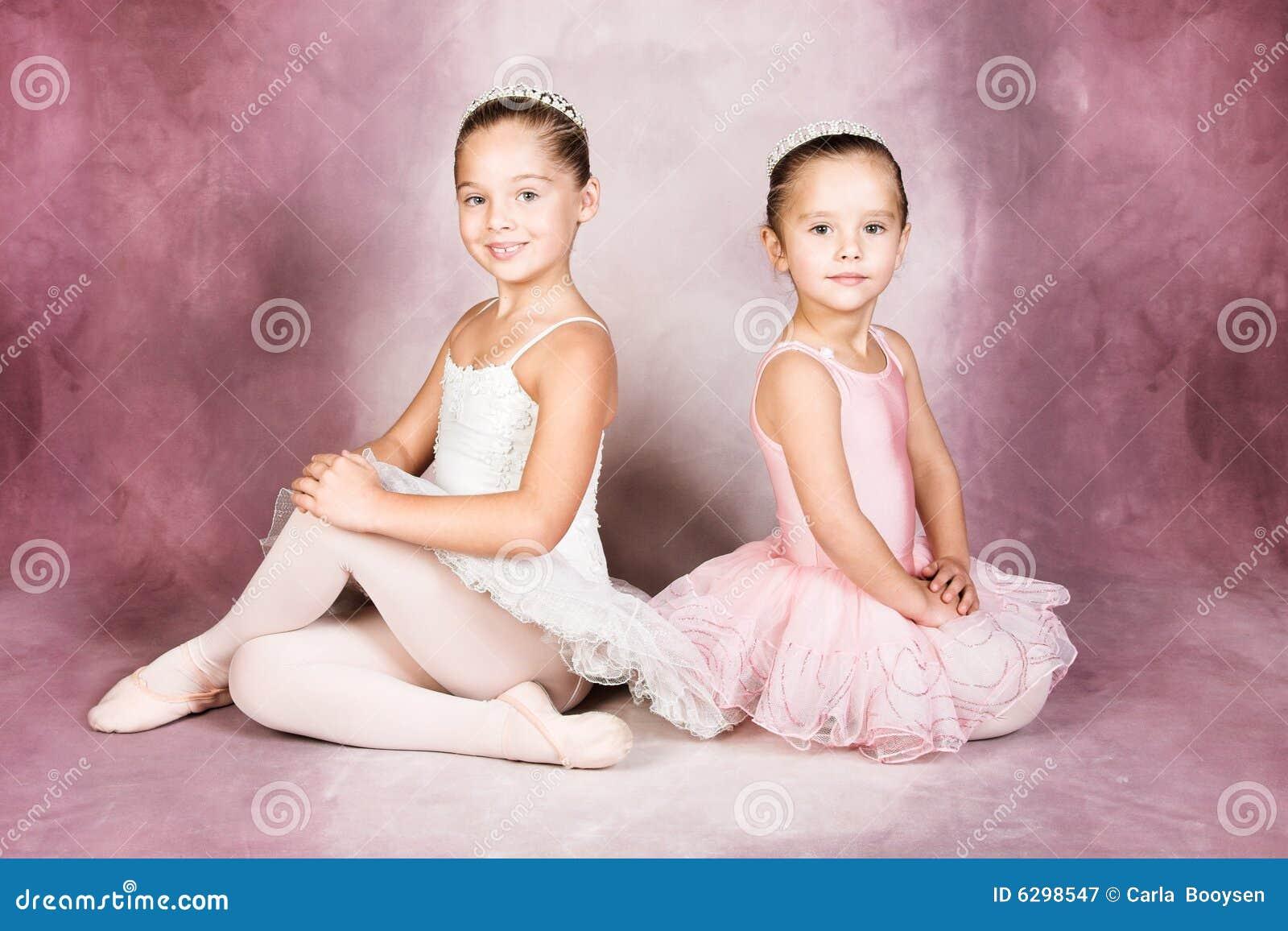 νεολαίες χορευτών