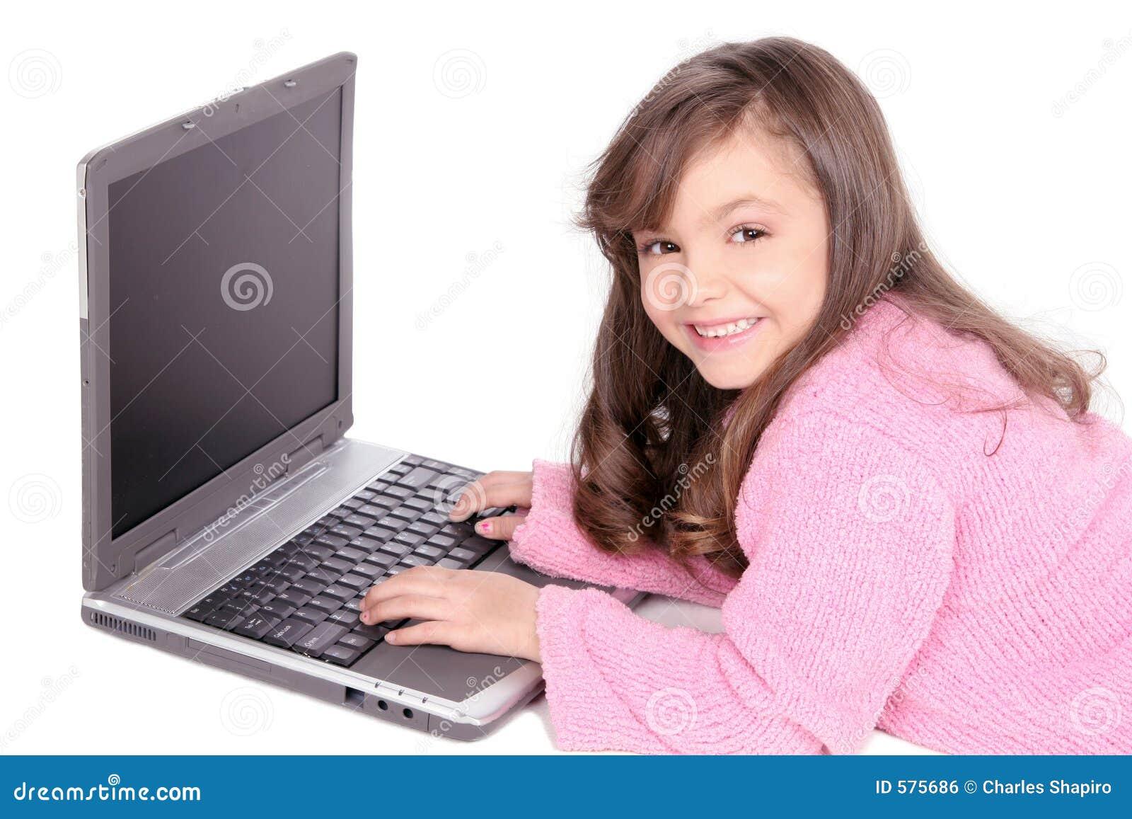 νεολαίες lap-top κοριτσιών υπολογιστών