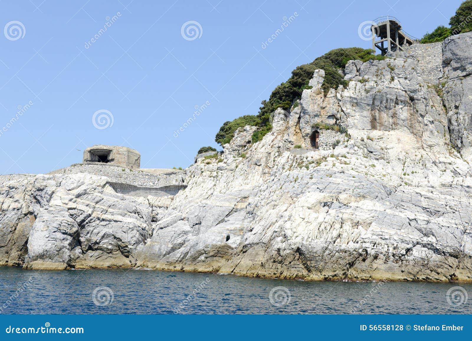 Download Νησί του Tino κοντά σε Portovenere Στοκ Εικόνες - εικόνα από αυτοκρατορία, καλοκαίρι: 56558128