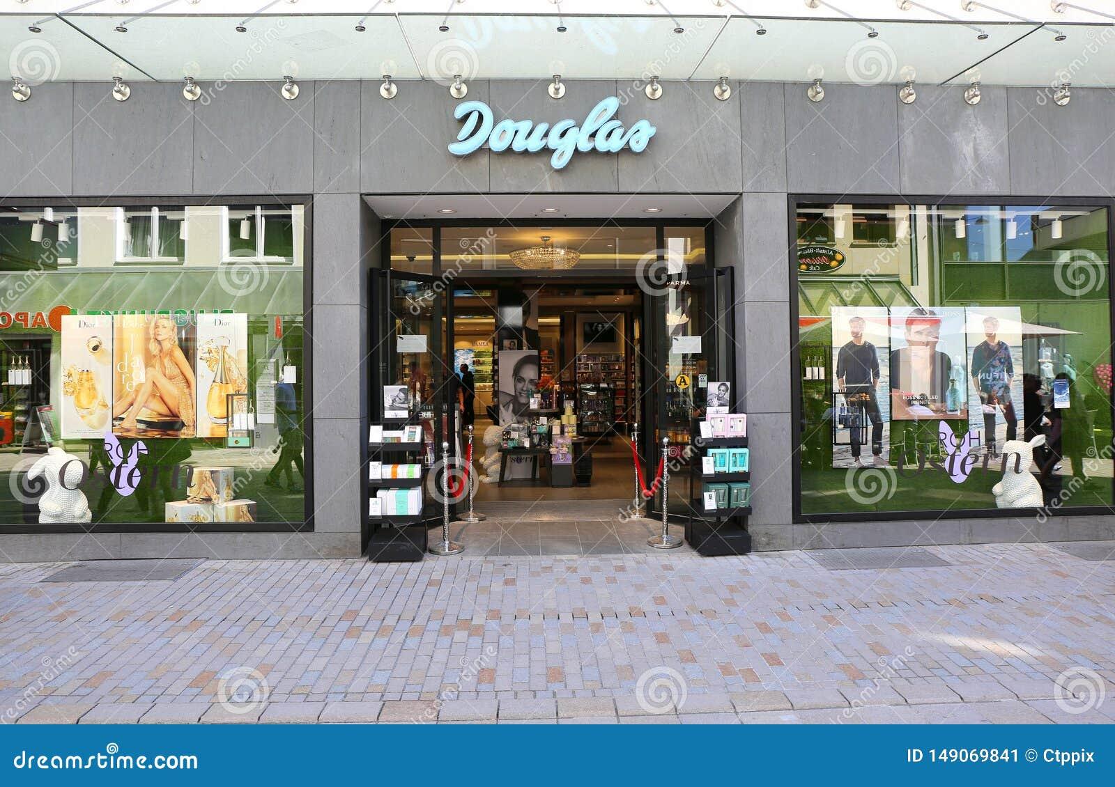 Ντάγκλας είναι ένα γερμανικοί άρωμα και λιανοπωλητής καλλυντικών