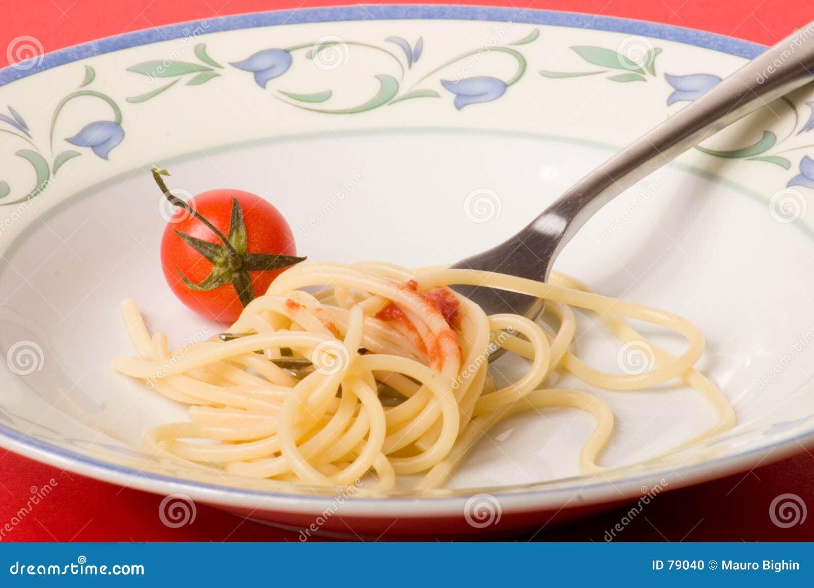 ντομάτα μακαρονιών ζυμαρι&k
