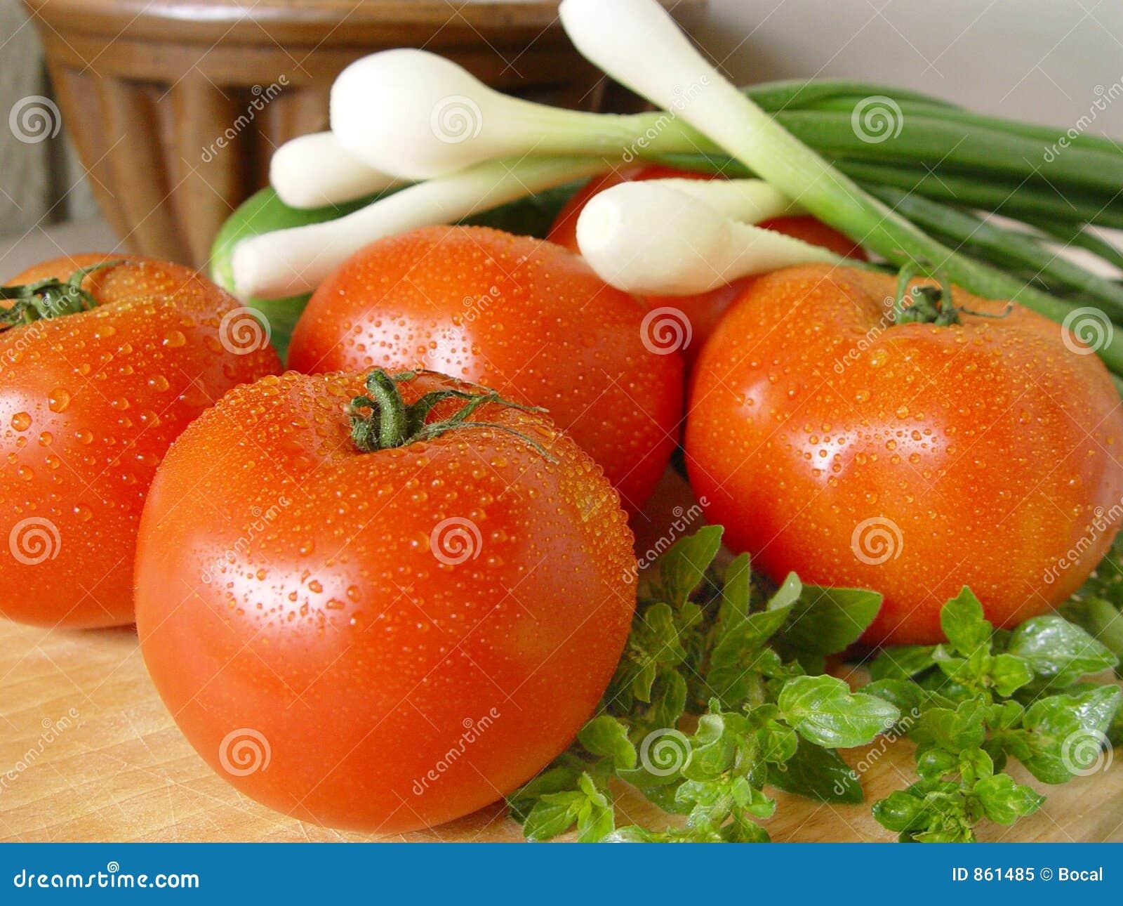 ντομάτες άνοιξη κρεμμυδιώ&n