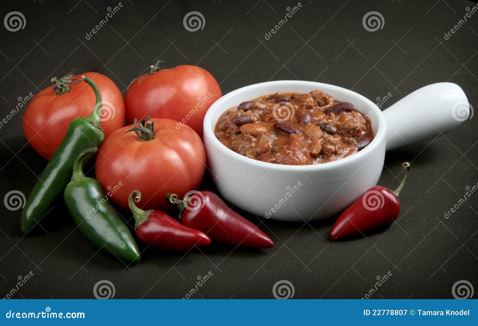 ντομάτες πιπεριών τσίλι κύπ&eps
