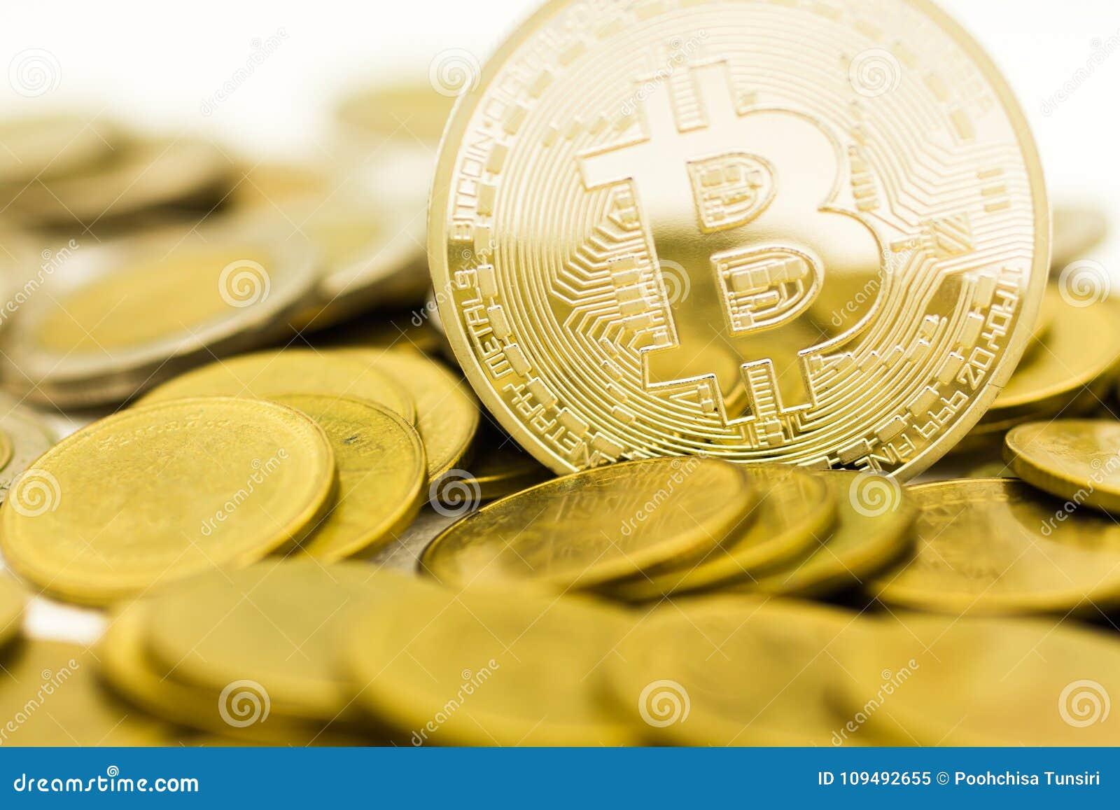 Νόμισμα Bitcoin υπό μορφή ψηφιακού Cryptocurrency, για να είναι μεσάζων στην ανταλλαγή των αγαθών και των υπηρεσιών