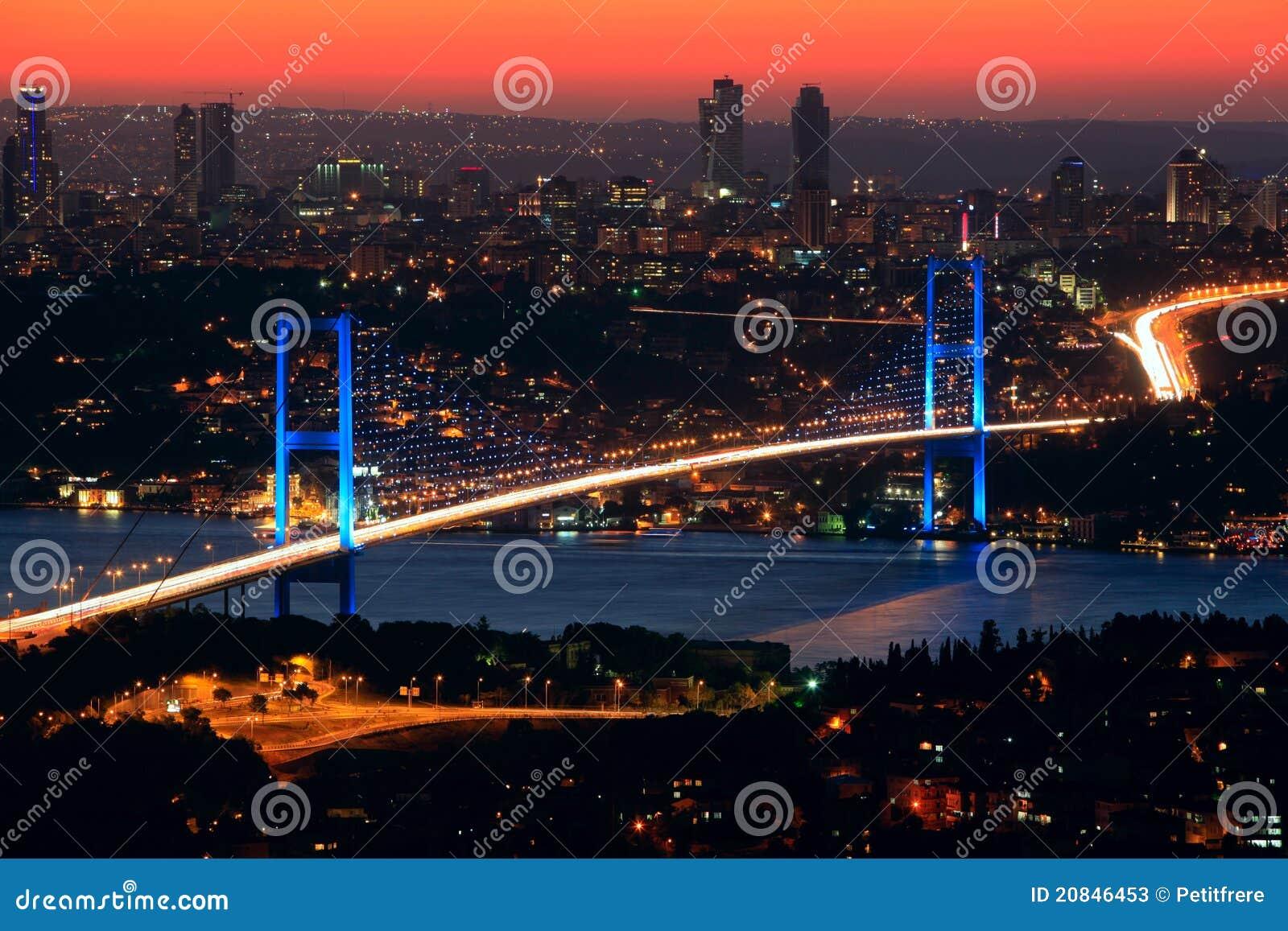 νύχτα γεφυρών bosphorus
