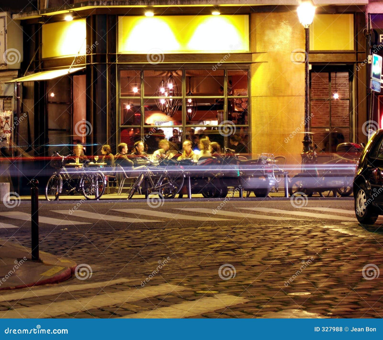 νύχτα καφετερίων