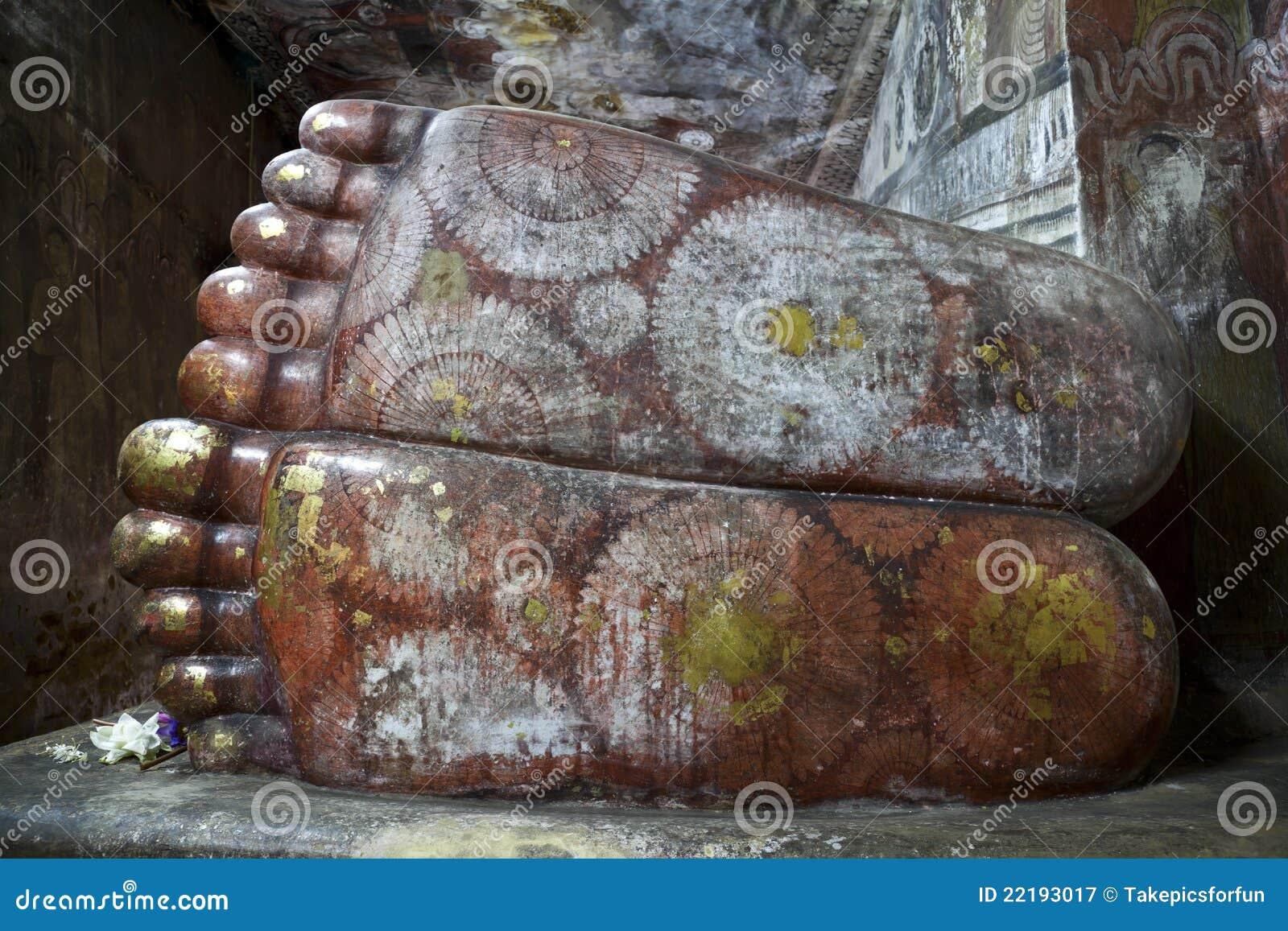 ξάπλωμα ποδιών dambulla σπηλιών το&up