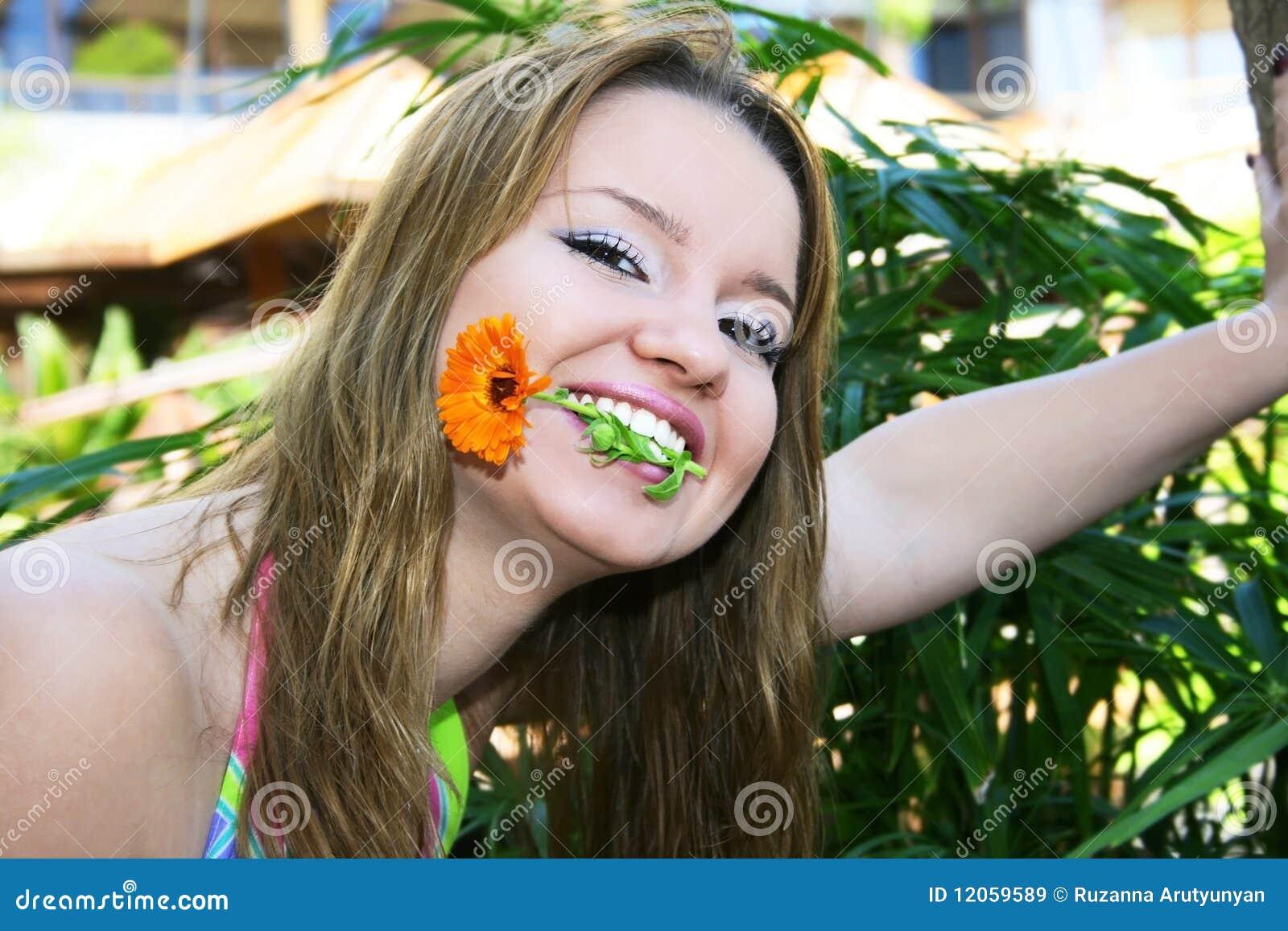ξανθό κορίτσι