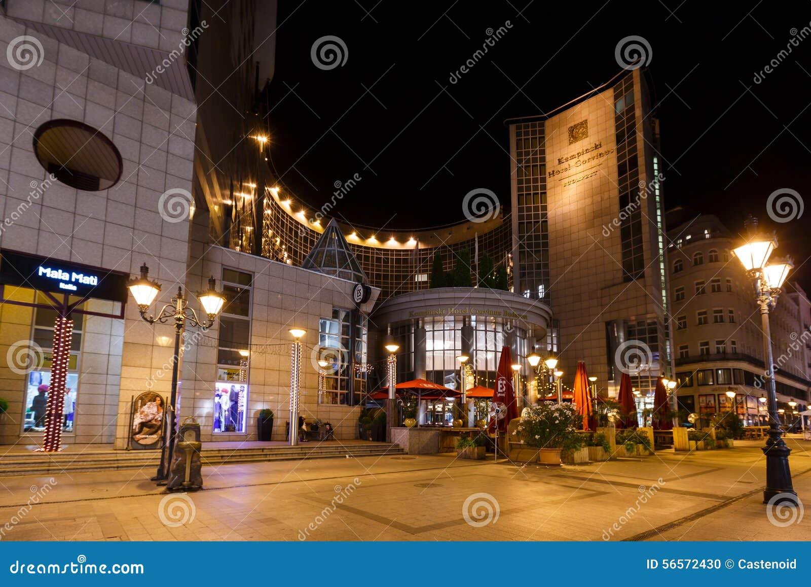 Download Ξενοδοχείο Corvinus Βουδαπέστη Kempinsky Εκδοτική εικόνα - εικόνα από μεγάλος, λαμπτήρας: 56572430