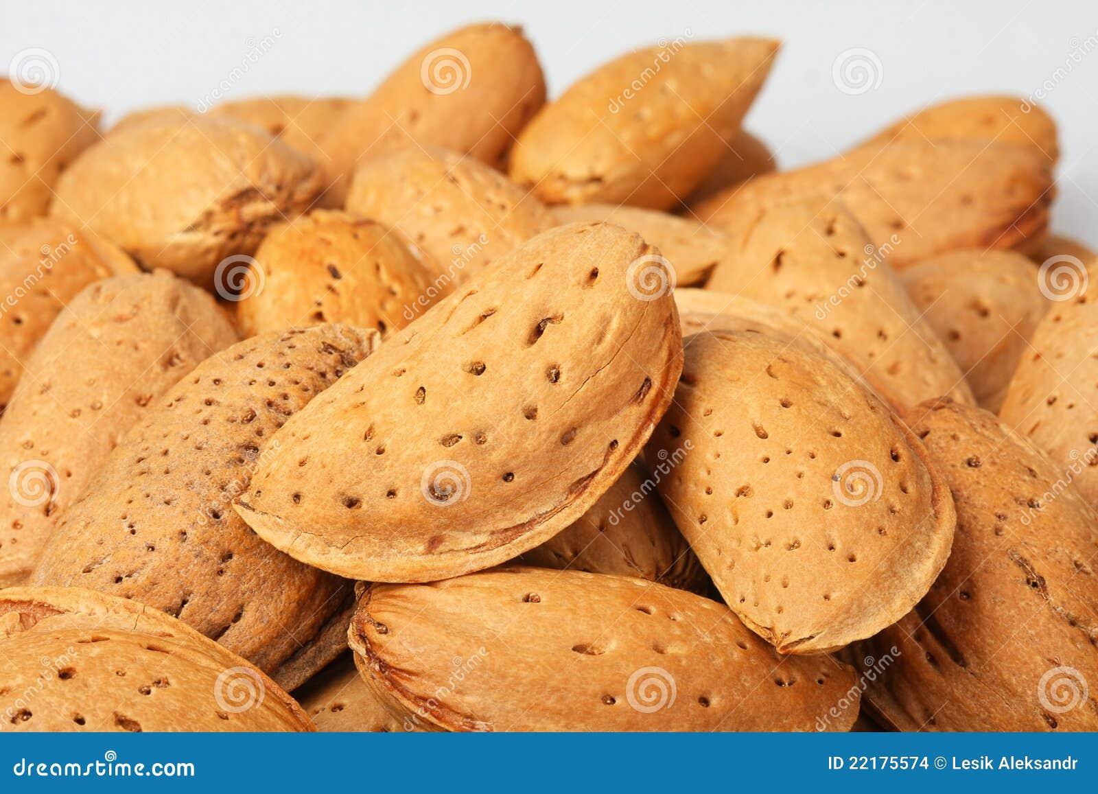 ξηρά καρύδια αμυγδάλων