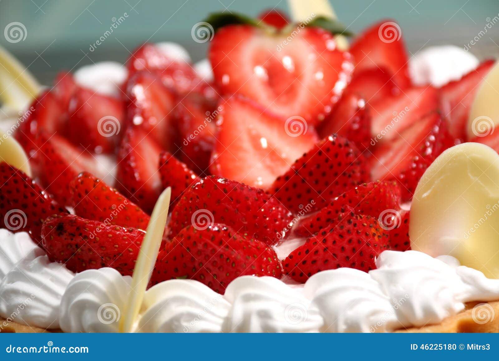 Ξινή πίτα φραουλών