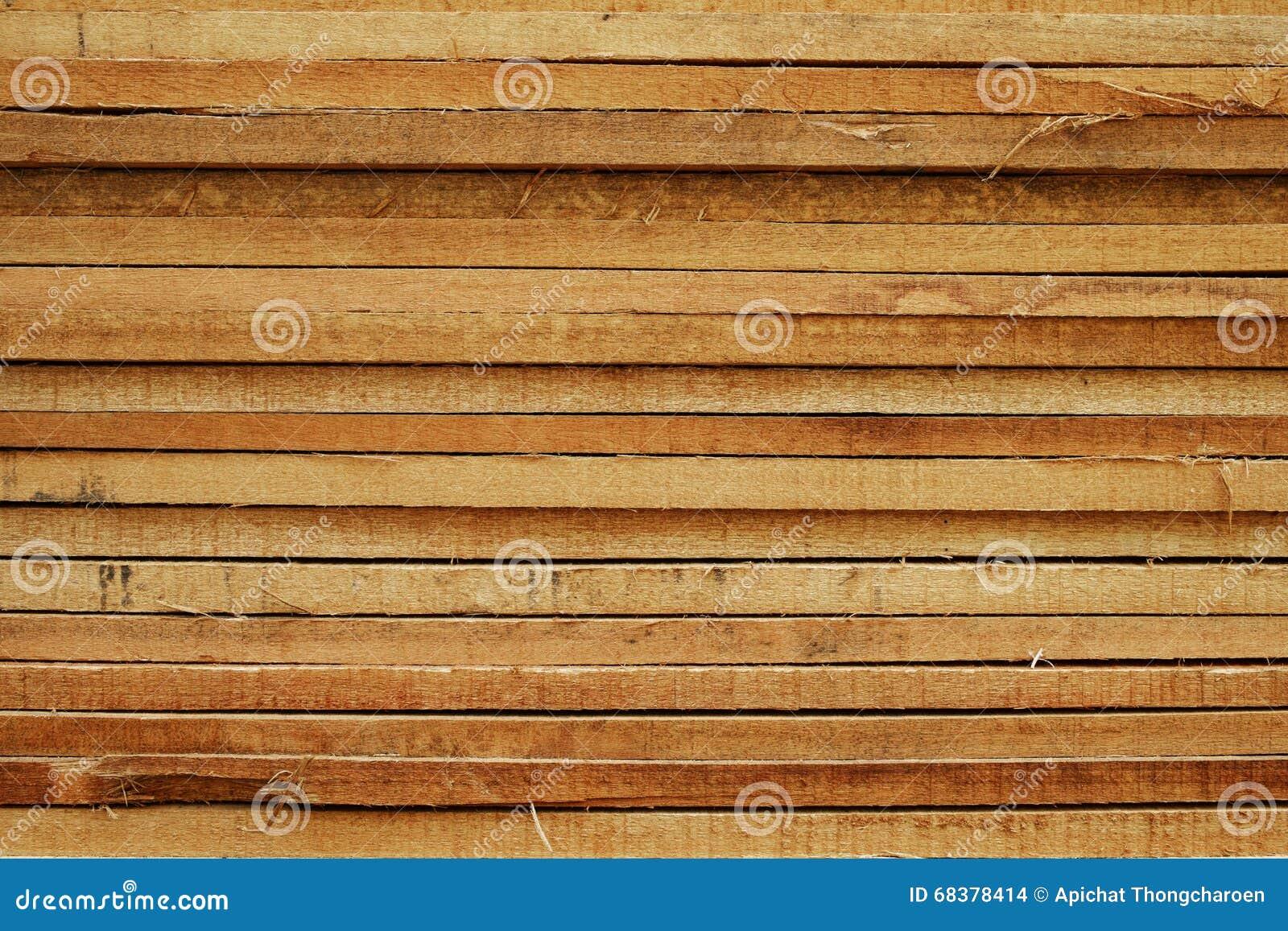 Ξυλεία στο εργοτάξιο οικοδομής