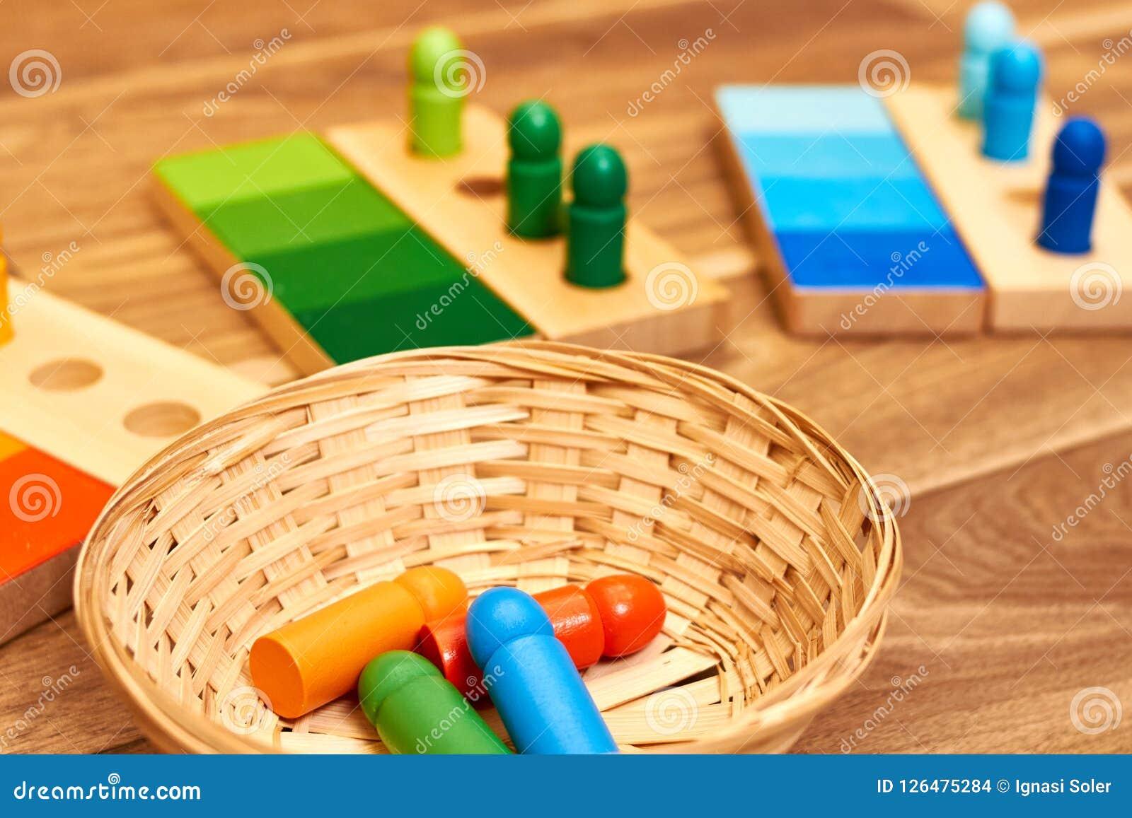 Ξύλινη κλίμακα χρώματος Montessori