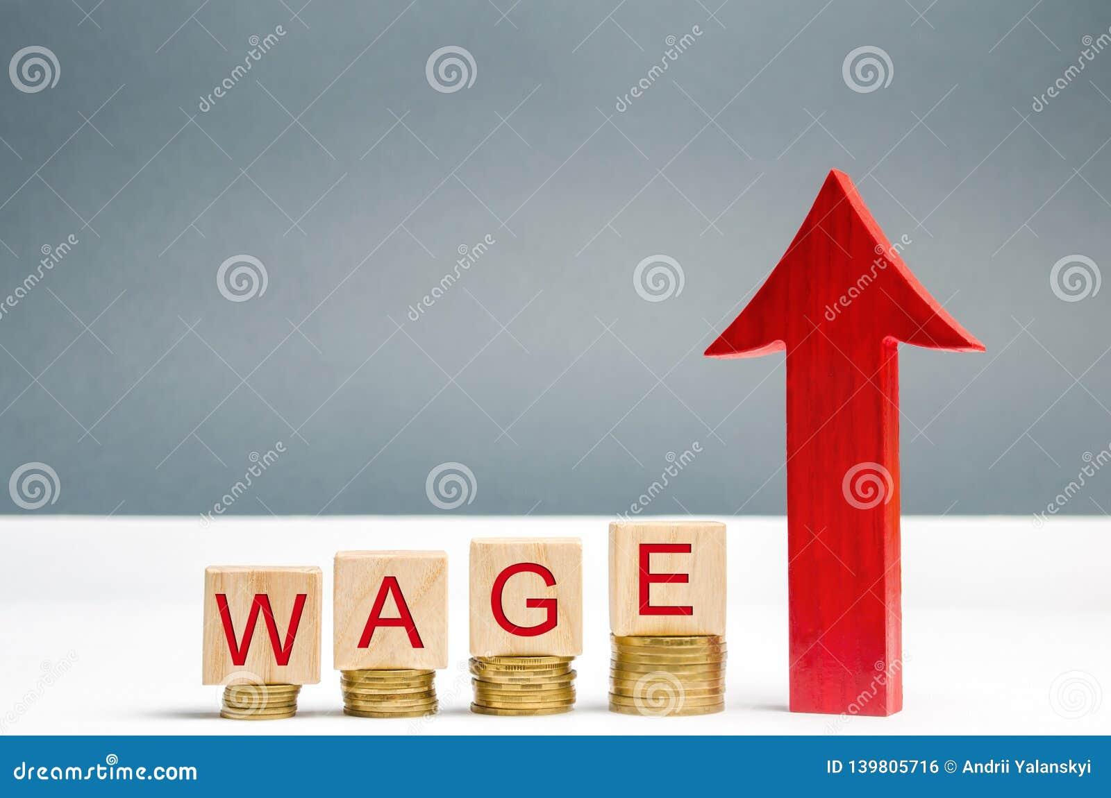 Ξύλινοι φραγμοί με τα νομίσματα και την αμοιβή λέξης και επάνω στο βέλος Αύξηση του μισθού Ποσοστά αμοιβών διάνυσμα απεικόνισης s