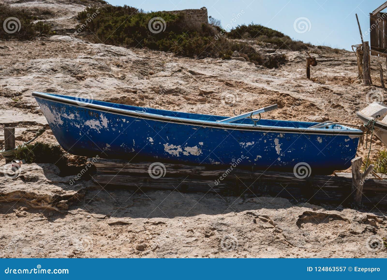Ξύλινο αλιευτικό σκάφος χωρίς μηχανή