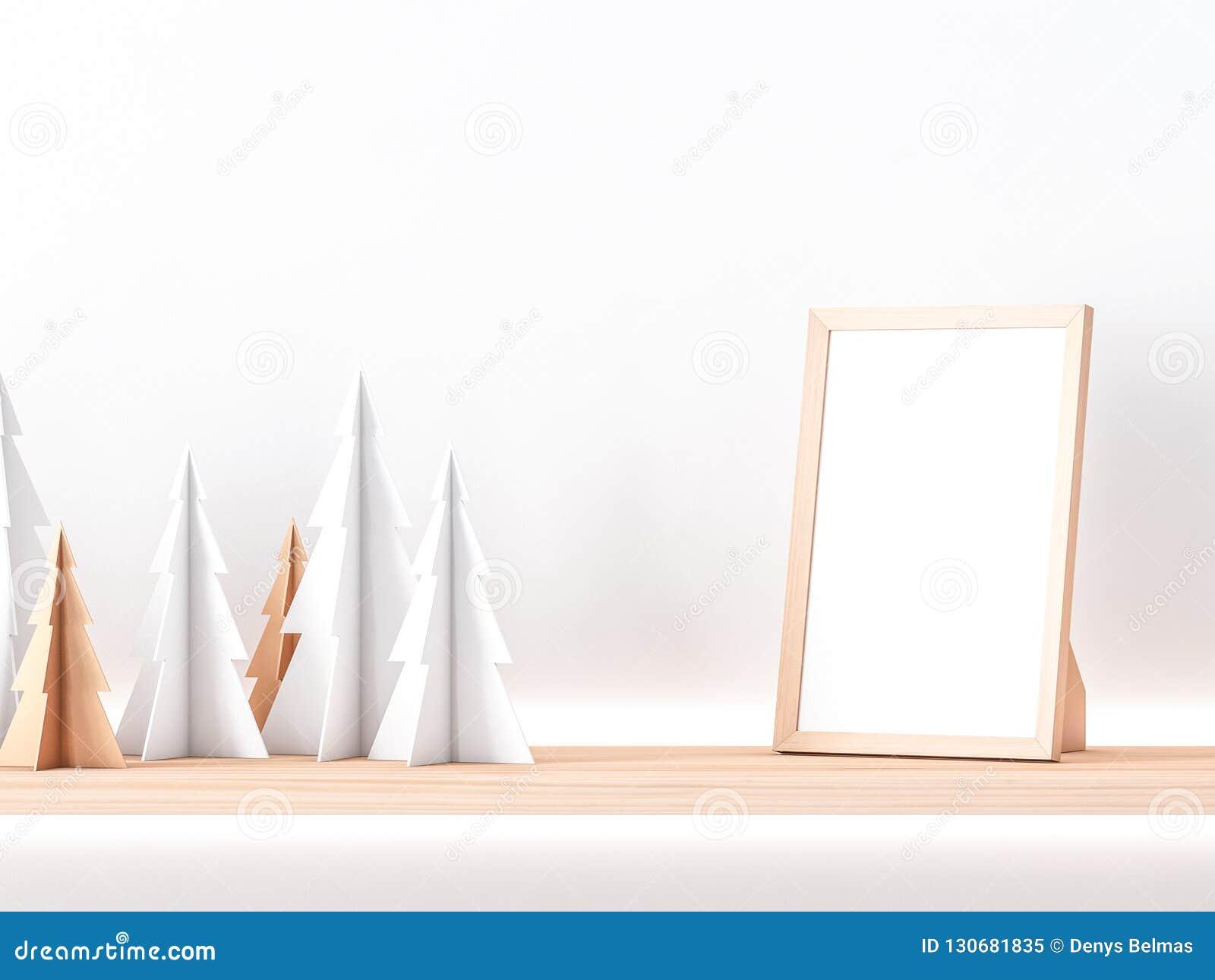 Ξύλινο πρότυπο πλαισίων φωτογραφιών στο ράφι με τα χριστουγεννιάτικα δέντρα εγγράφου