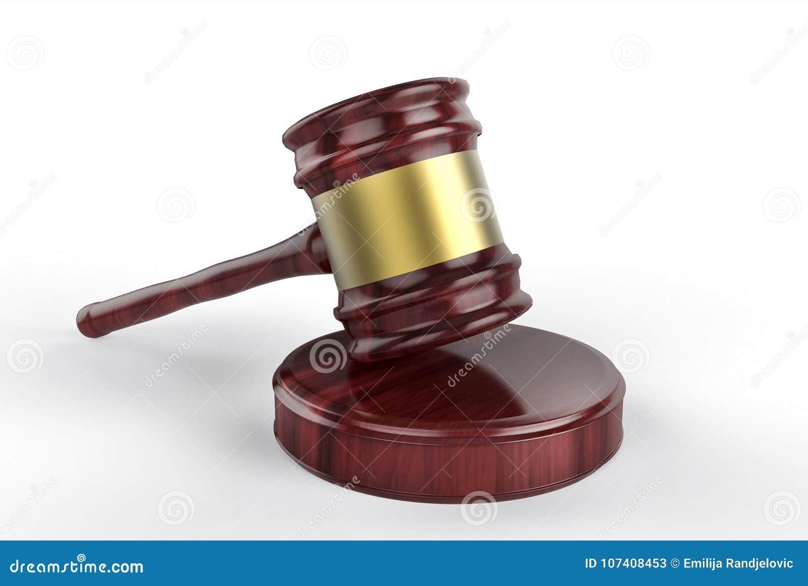 Ξύλινο gavel δικαστών στο λευκό