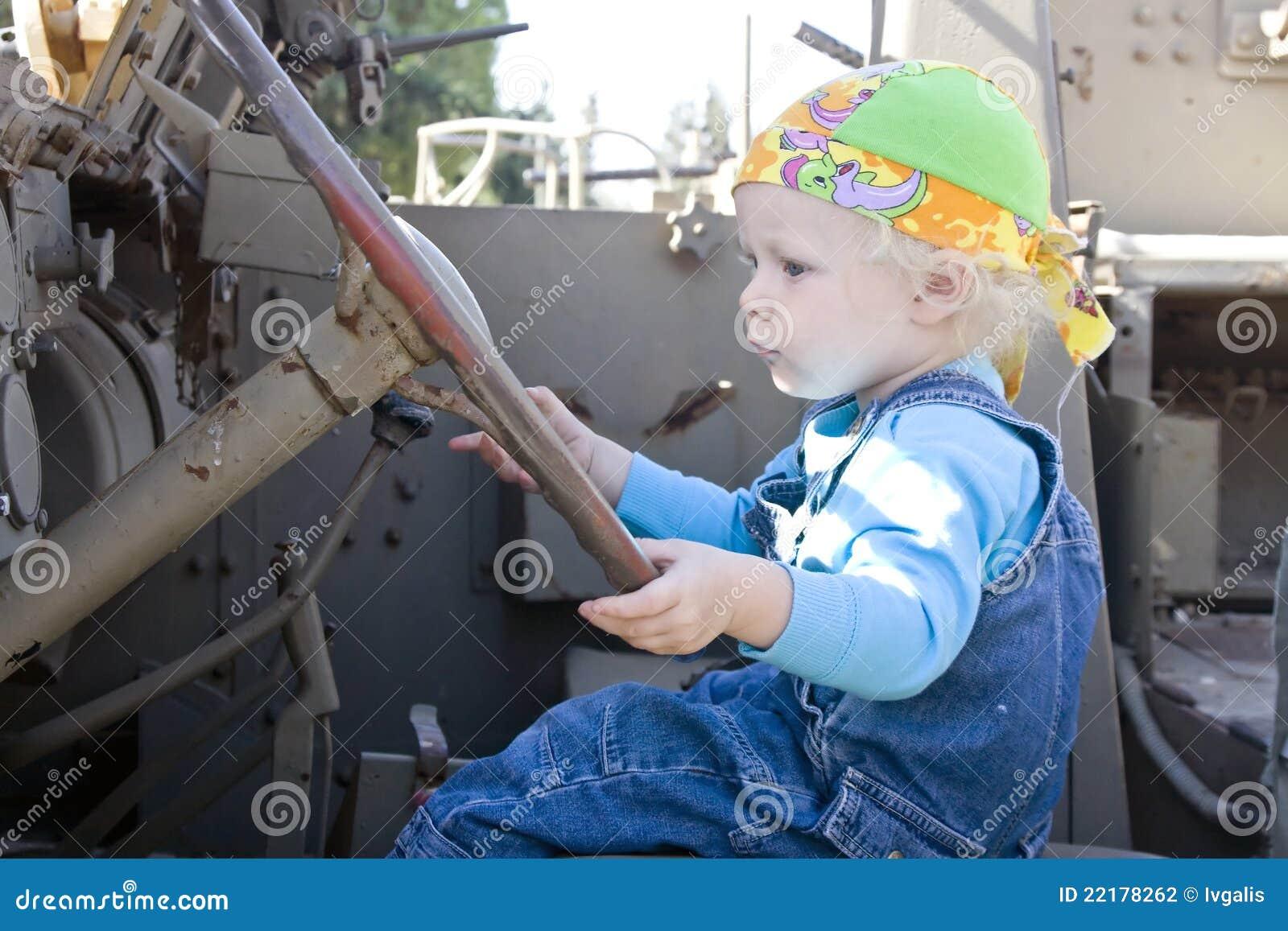 οδηγώντας όχημα κοριτσιών &m