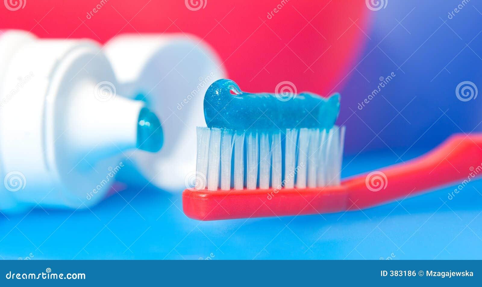 οδοντόβουρτσα