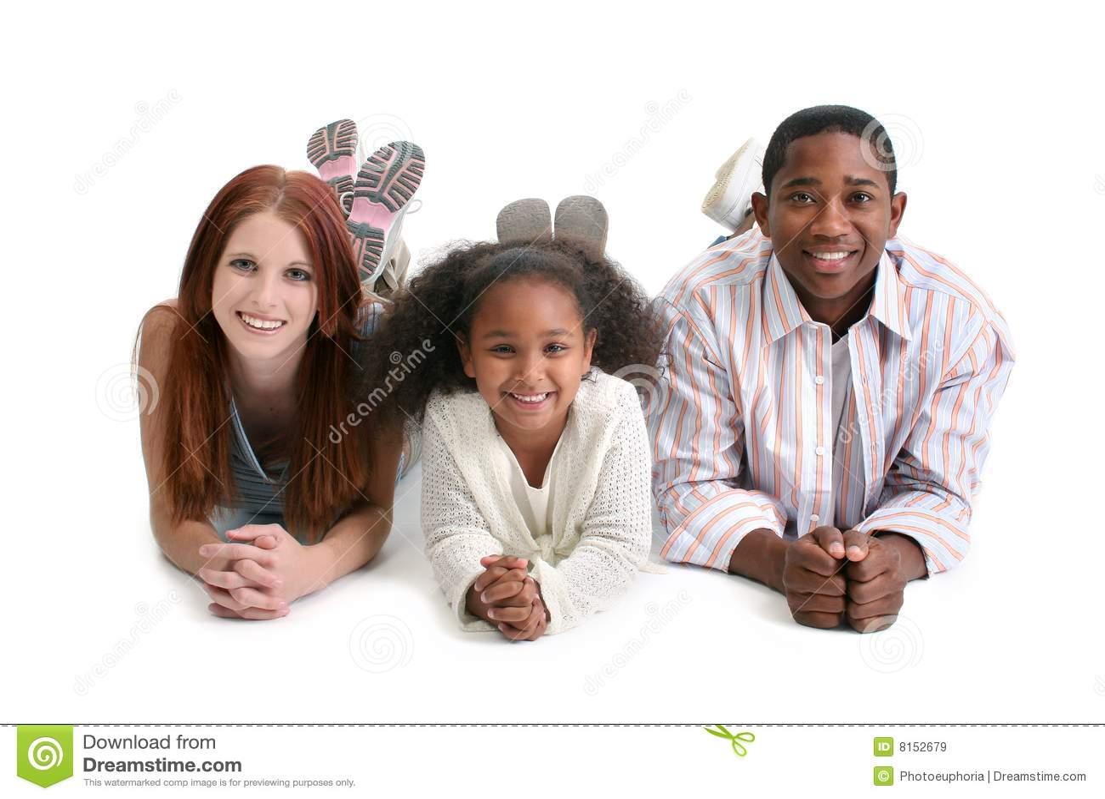 οικογένεια διαφυλετική