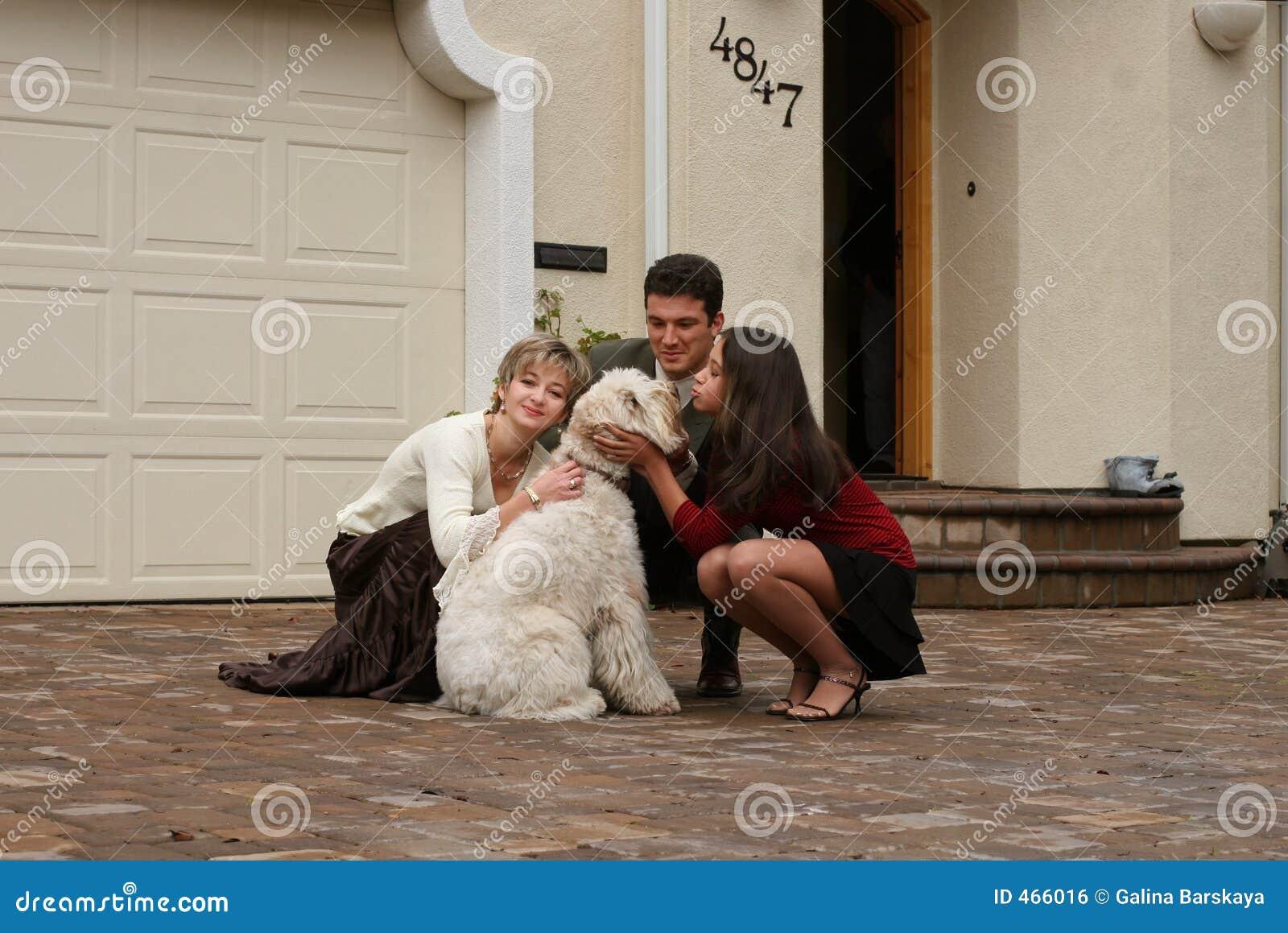 οικογένεια σκυλιών ευ&ta