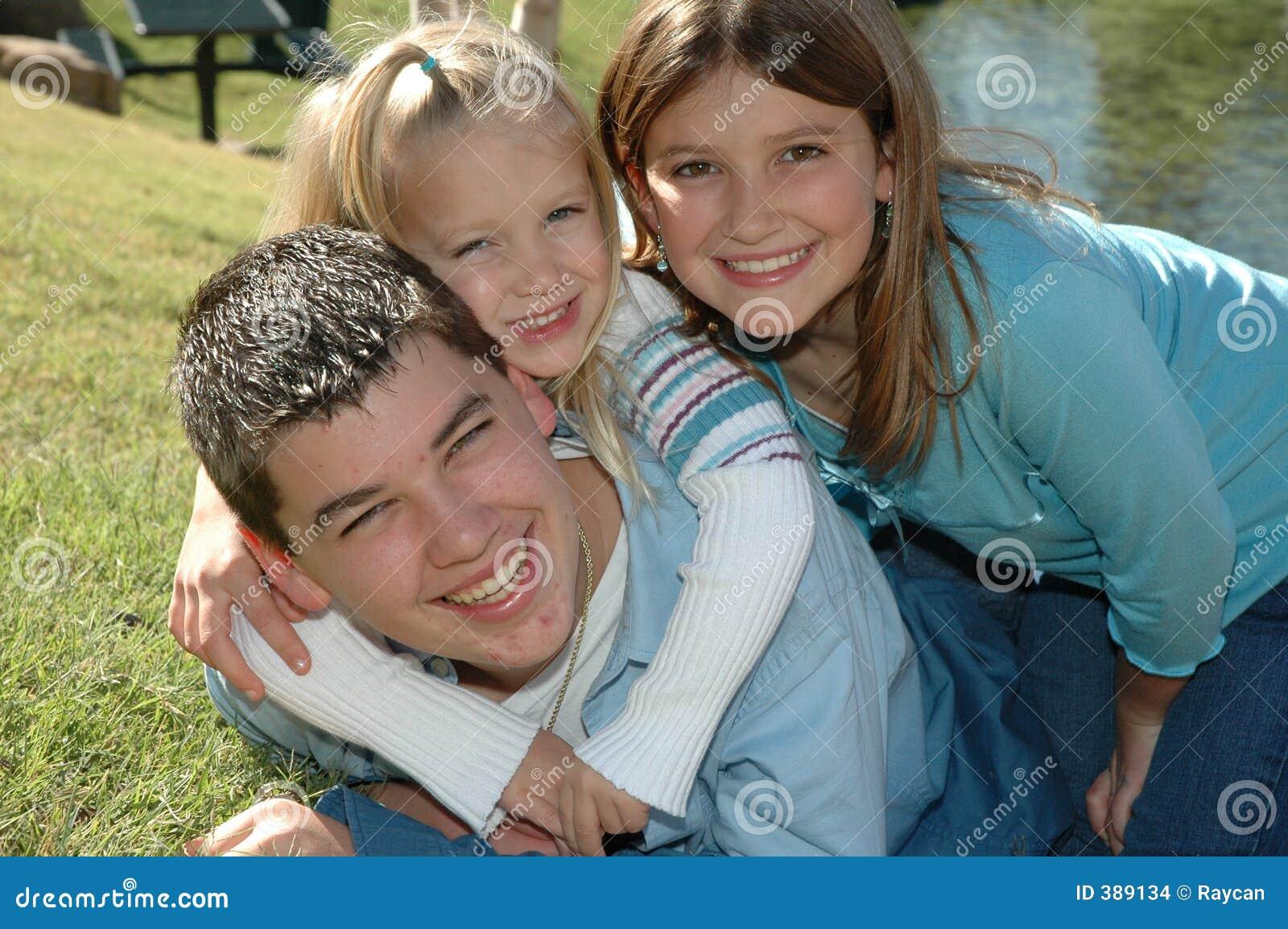 οικογένεια 3 ευτυχής