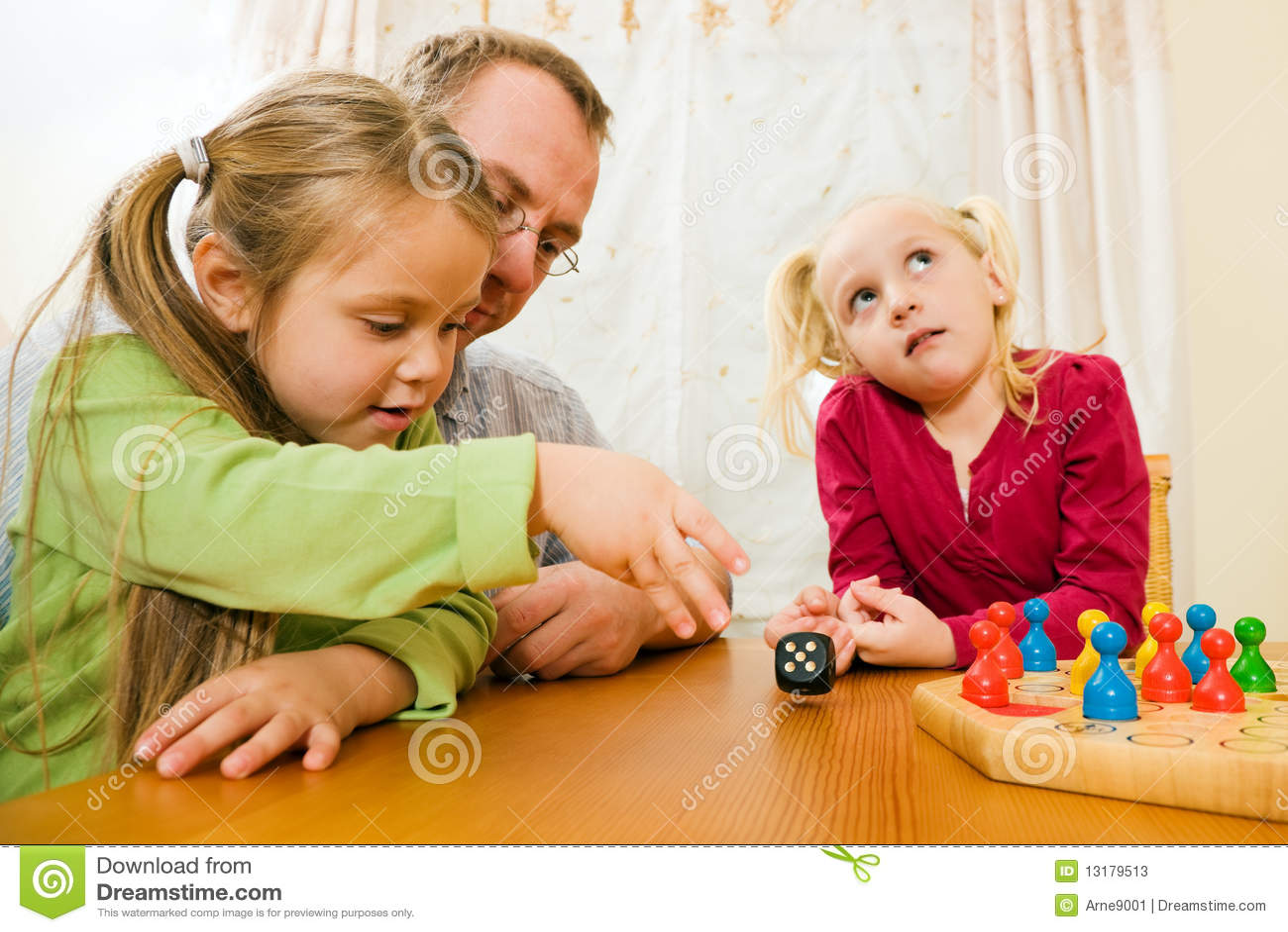 οικογενειακό παιχνίδι χ&a