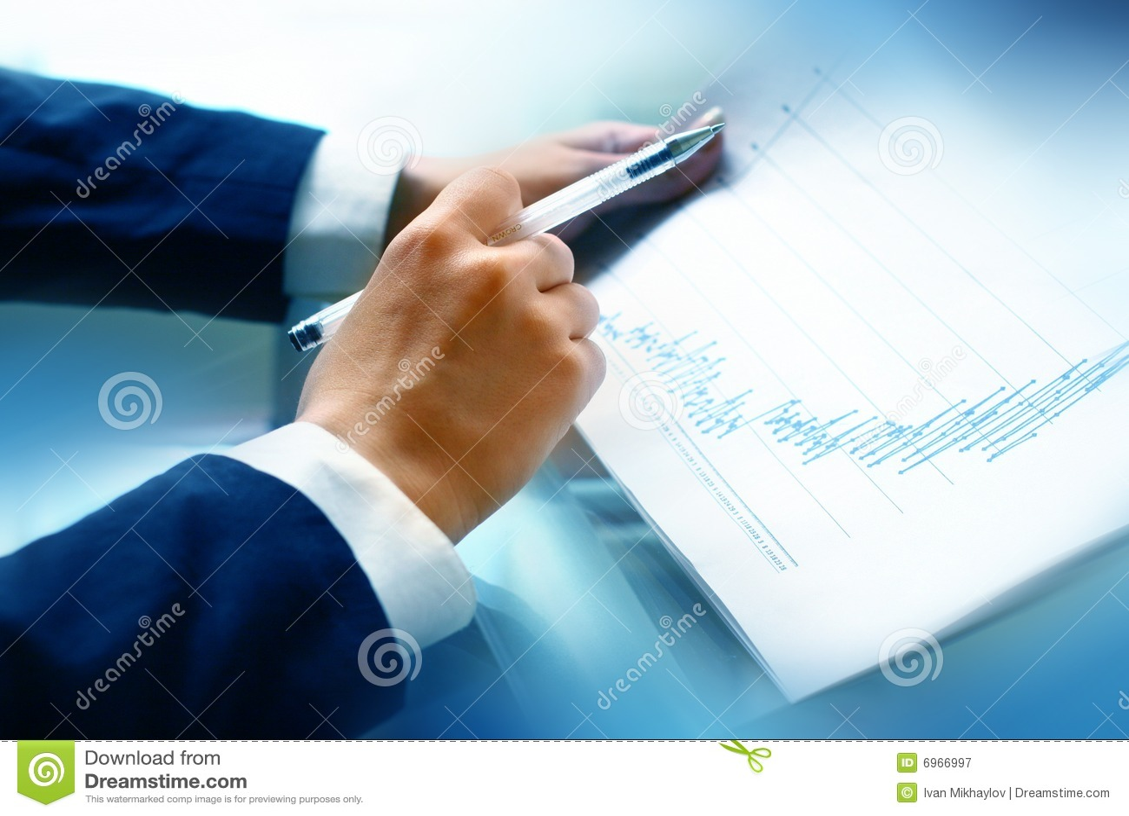 οικονομική διαβασμένη έκ&the