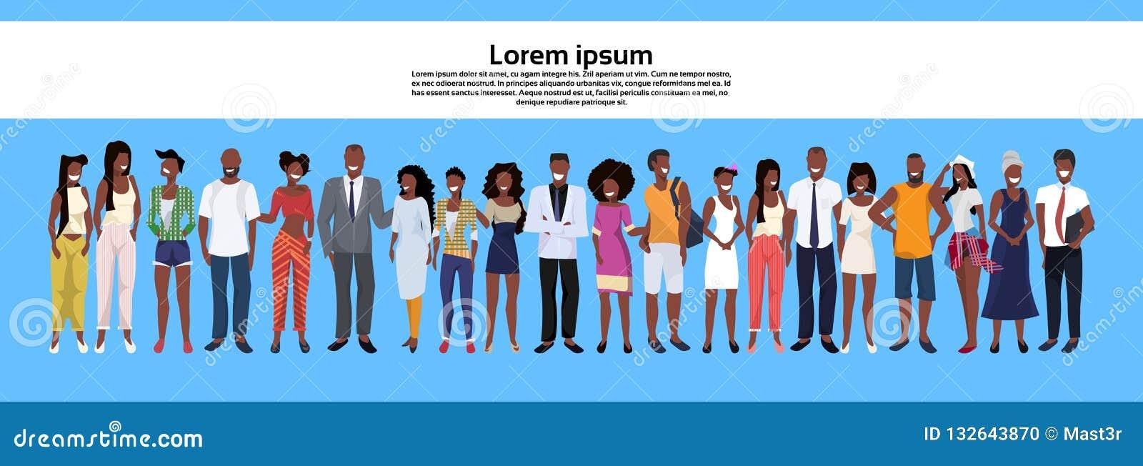 Οι άνθρωποι αφροαμερικάνων ομαδοποιούν να σταθούν θέτουν μαζί στην επιχείρηση γυναικών ανδρών τους εργαζομένους περιστασιακών υπα