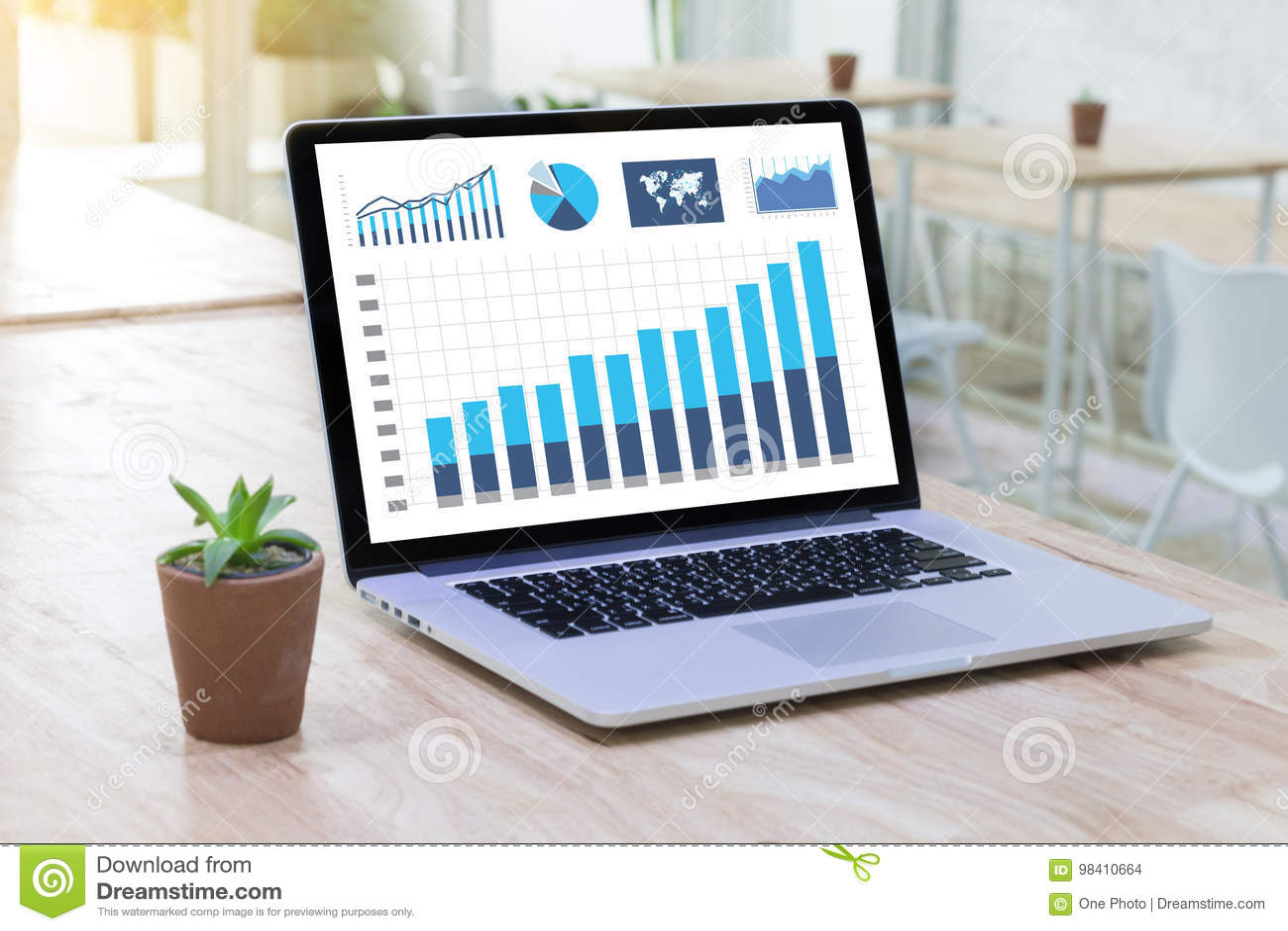 Οι άνθρωποι τεχνολογίας επιχειρησιακών πληροφοριών απασχολούνται στα σκληρά στοιχεία Analytics