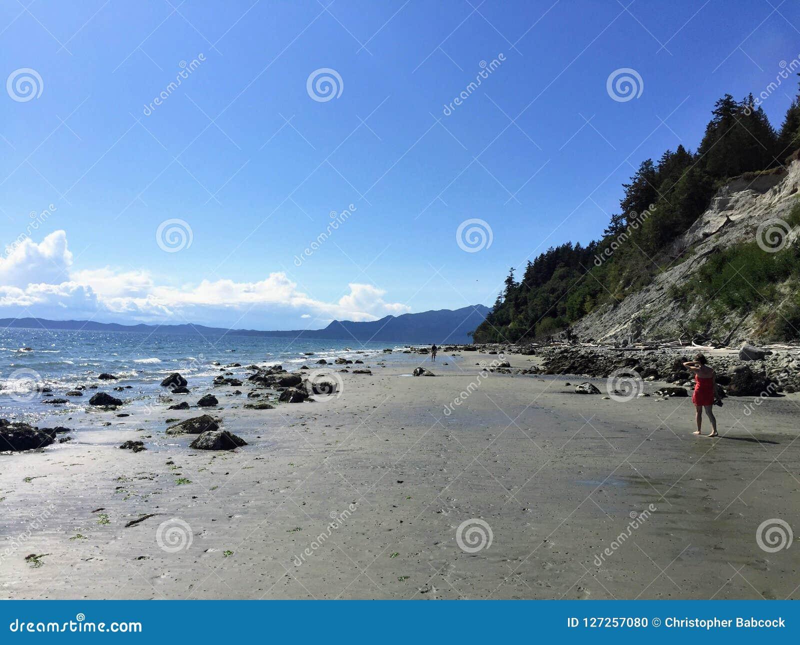 Οι απέραντες, αμμώδεις παραλίες του κόλπου πειρατών σε ένα όμορφο καλοκαίρι δ