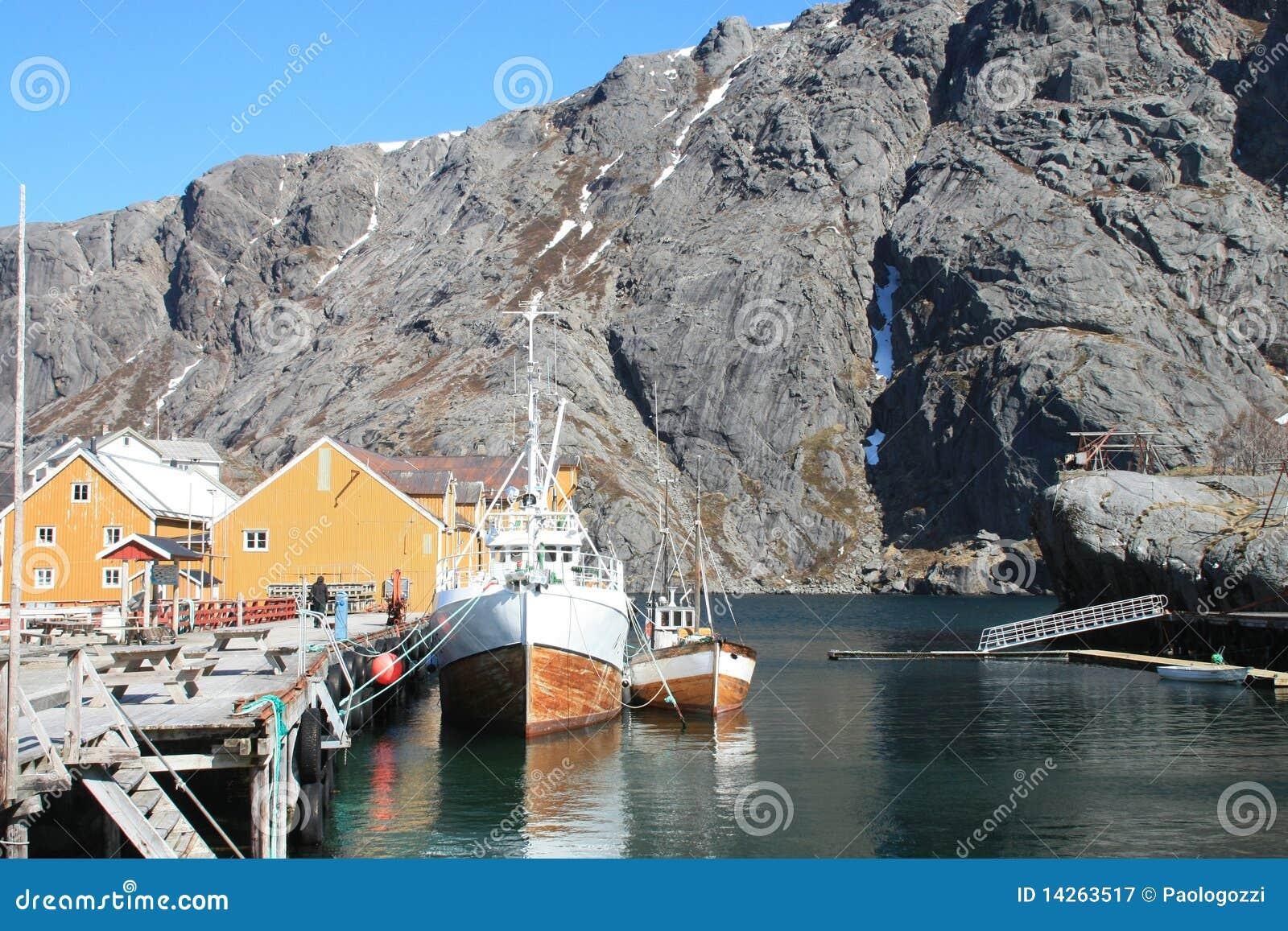 οι βάρκες nusfjord