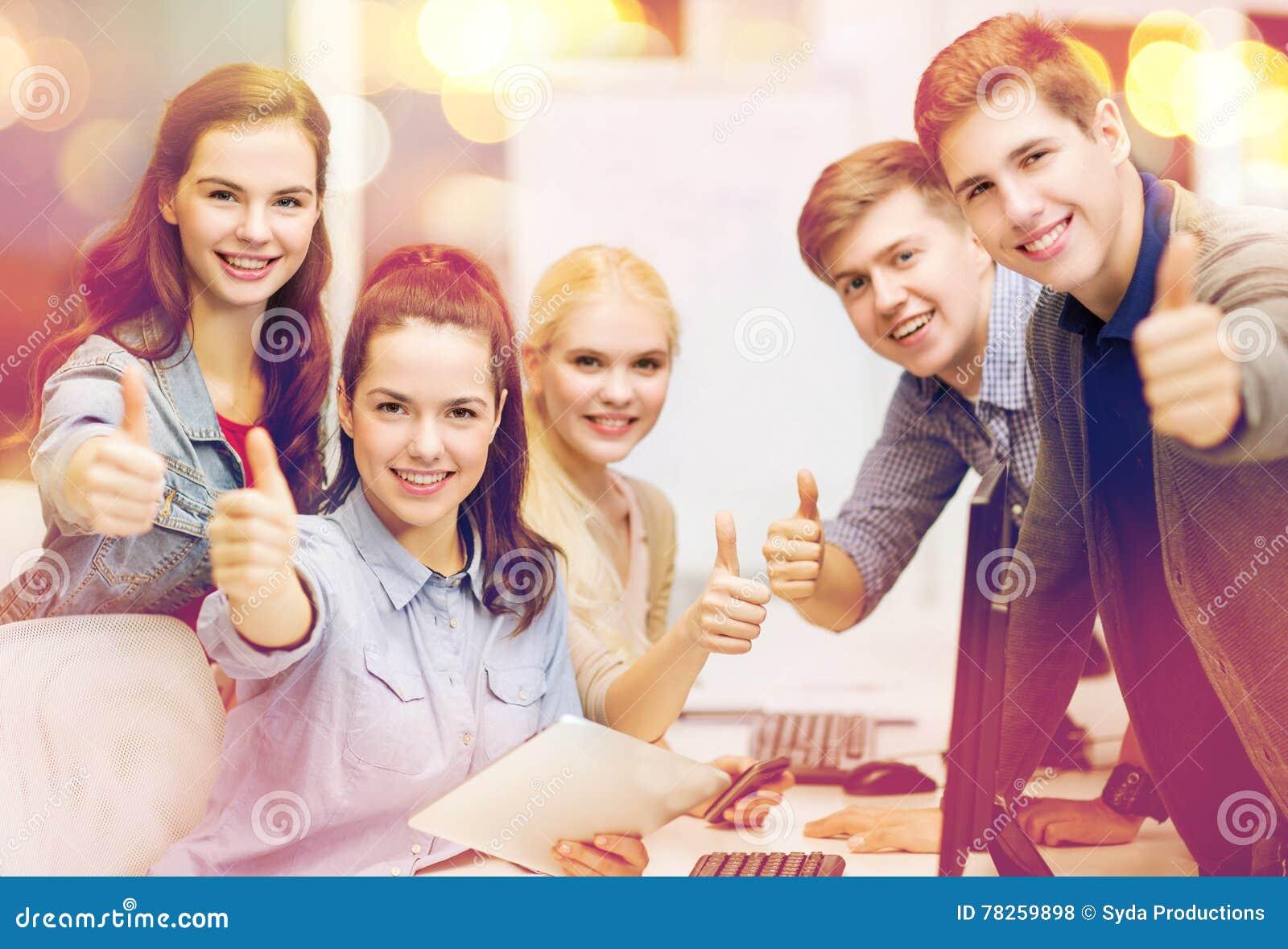 Οι σπουδαστές με τον υπολογιστή ελέγχουν και το PC ταμπλετών