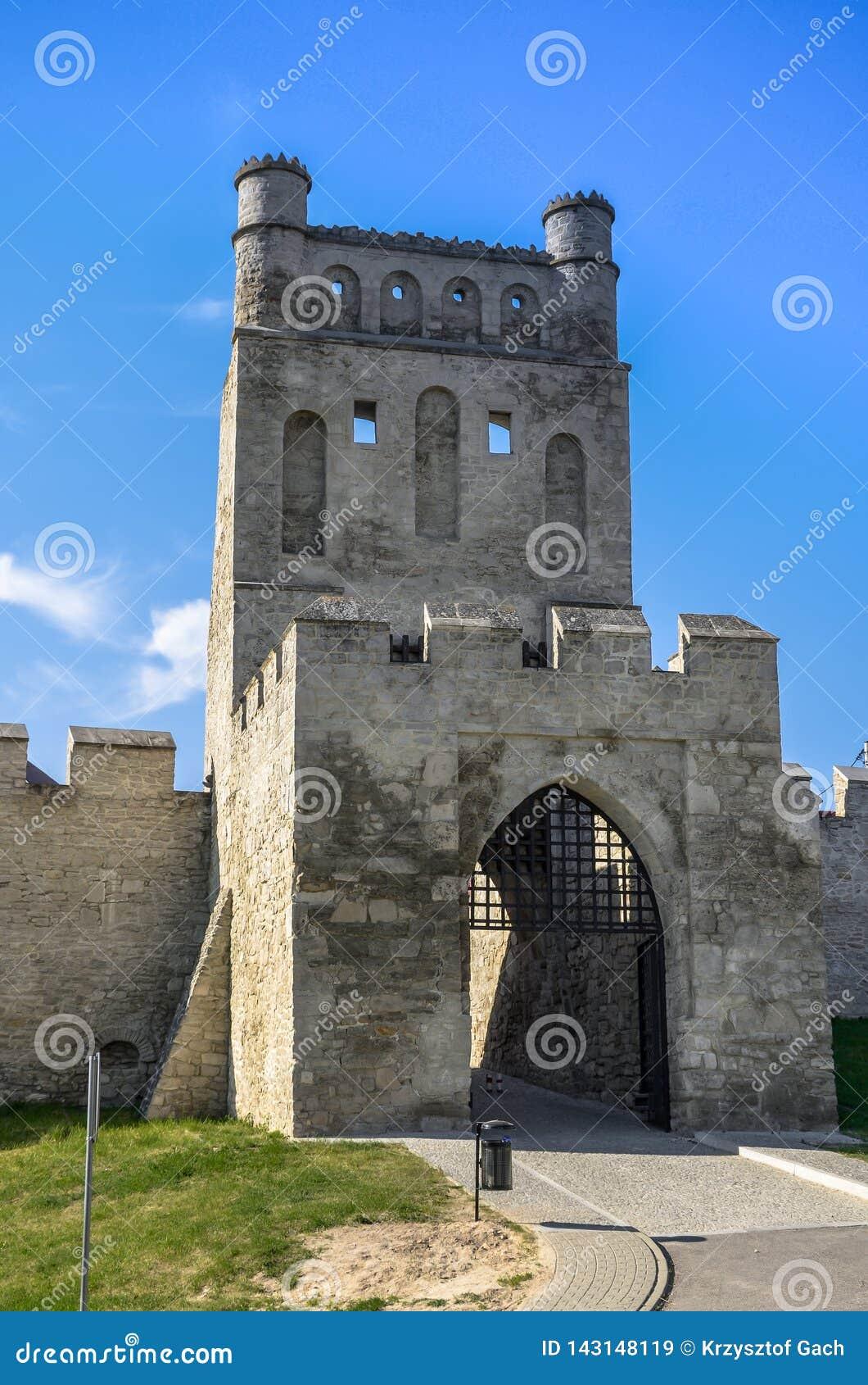 Οι τοίχοι πόλεων και η πύλη της Κρακοβίας, Szydlow, Πολωνία