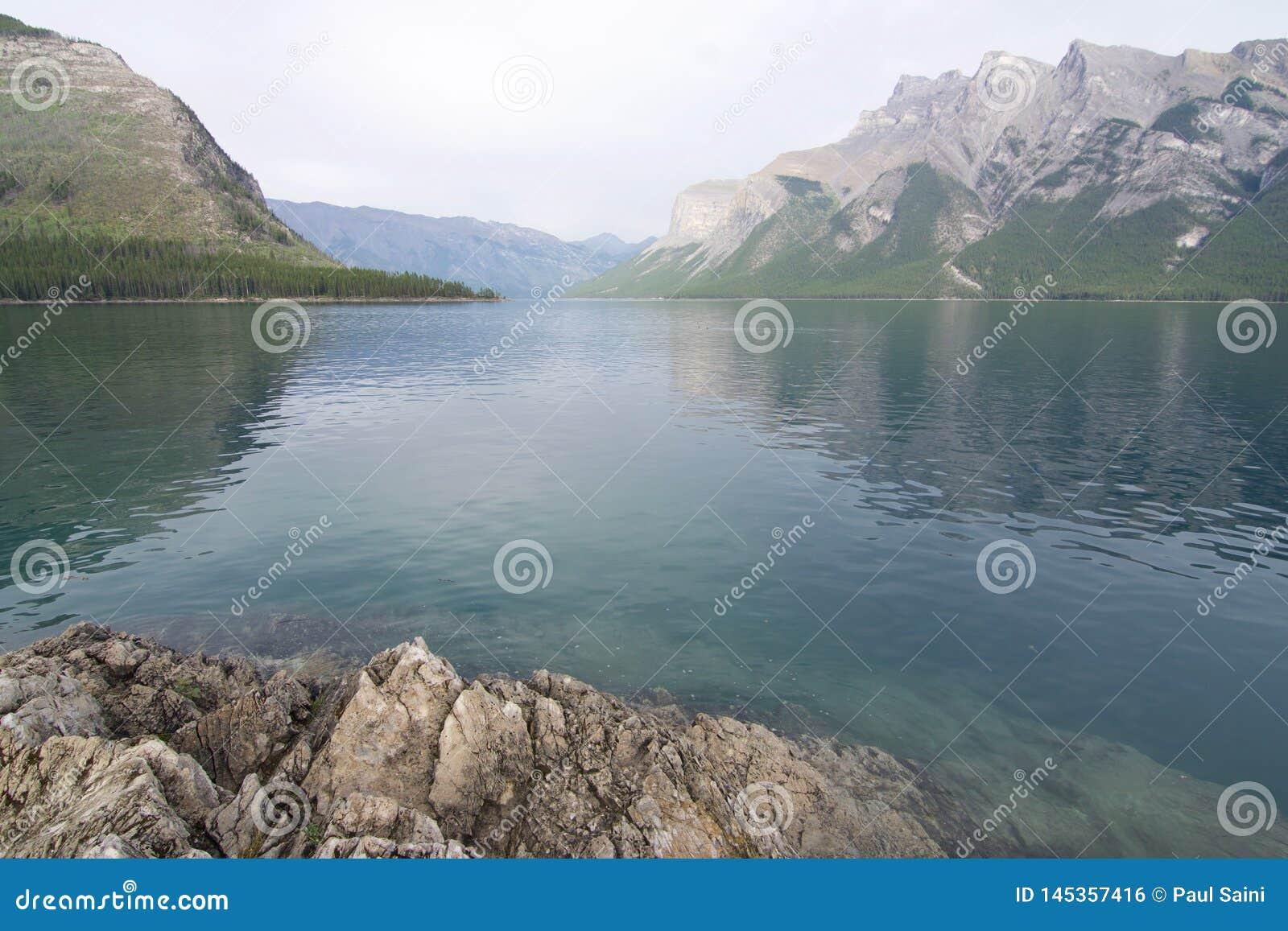 Οι όμορφες λίμνες εσείς θα πέσουν ερωτευμένες με