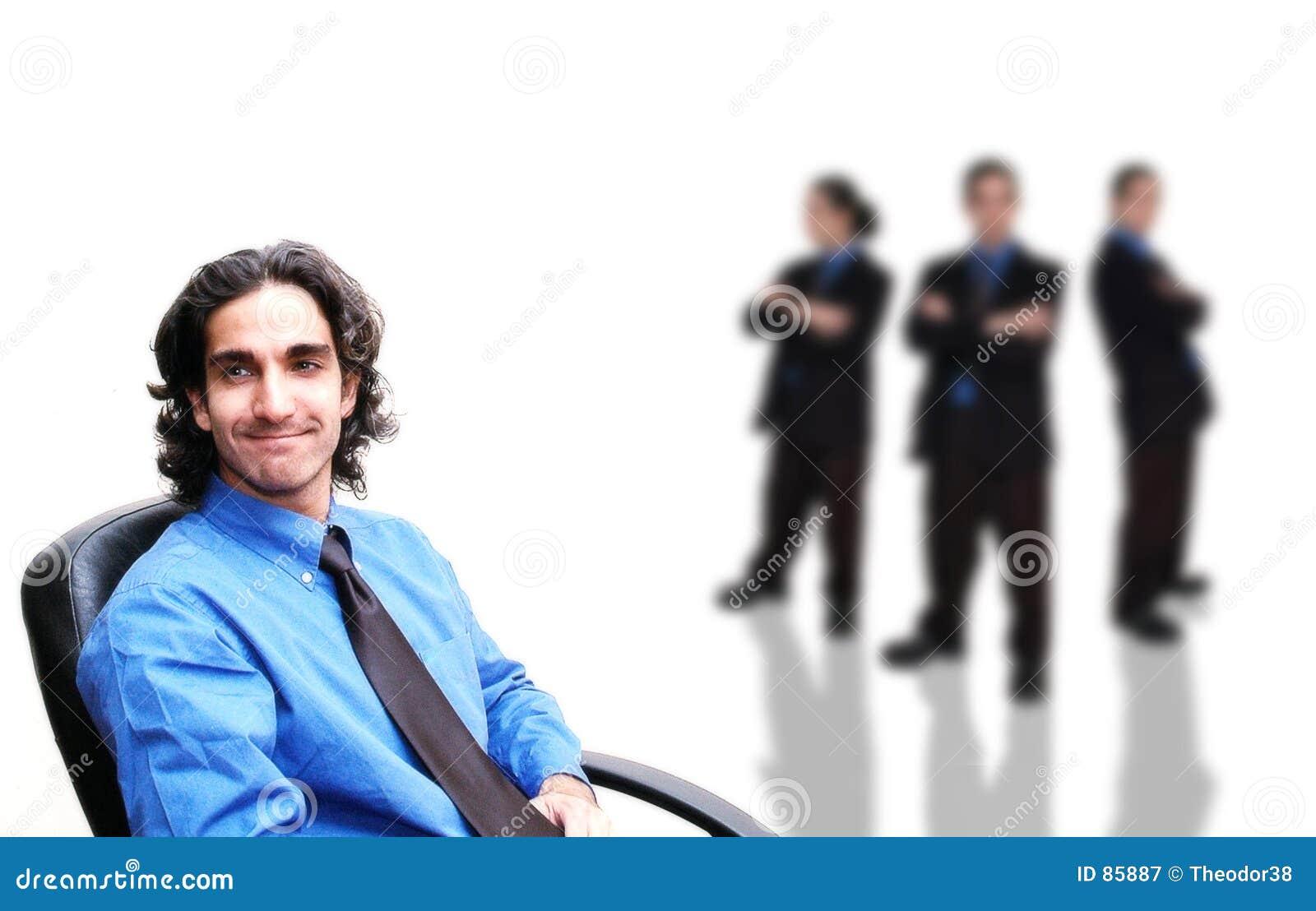 ομάδα 5 επιχειρήσεων