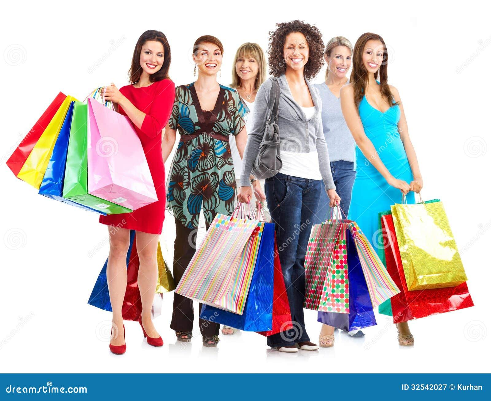Ομάδα γυναικών με τις τσάντες αγορών.