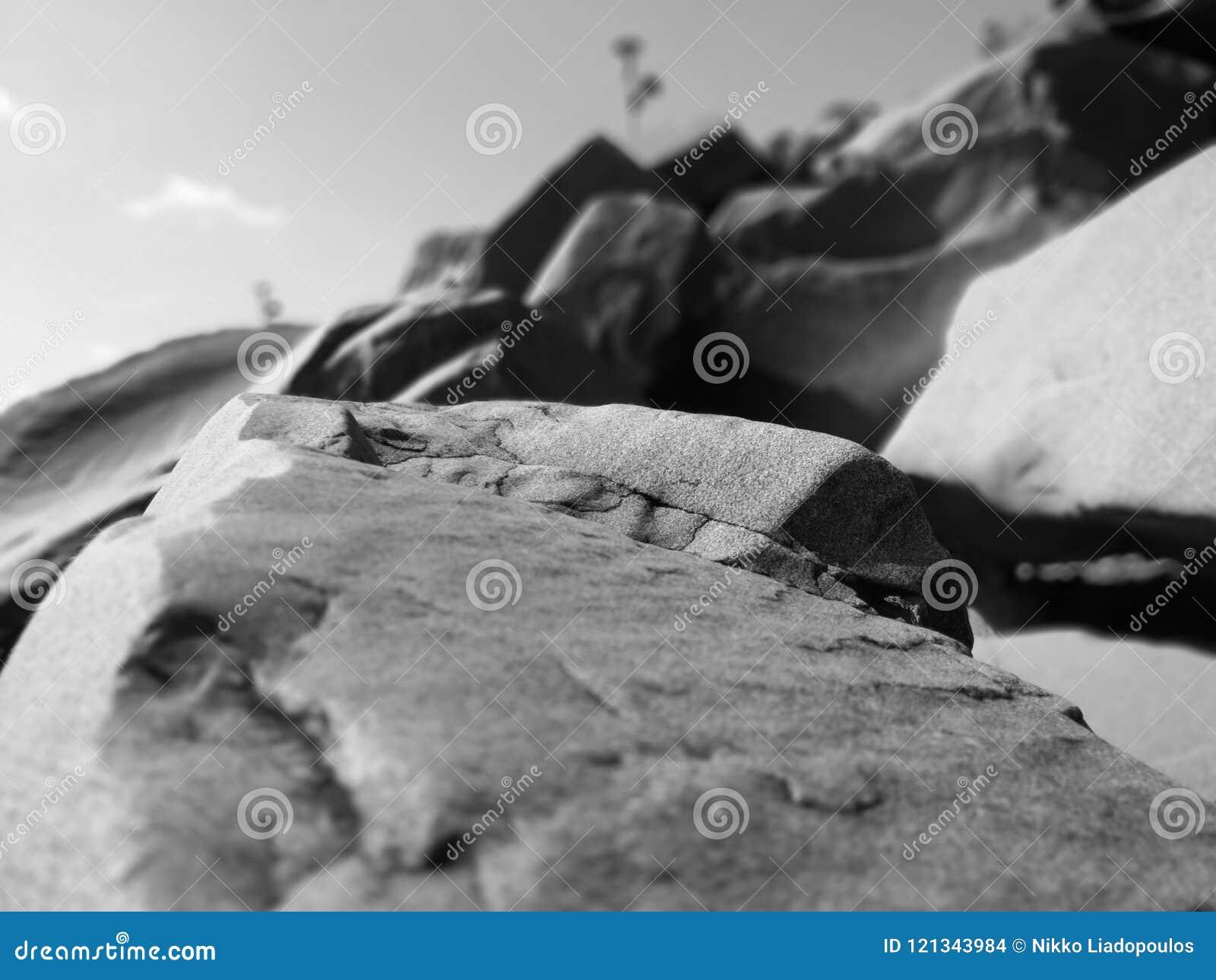 Ομαλοί παράκτιοι βράχοι