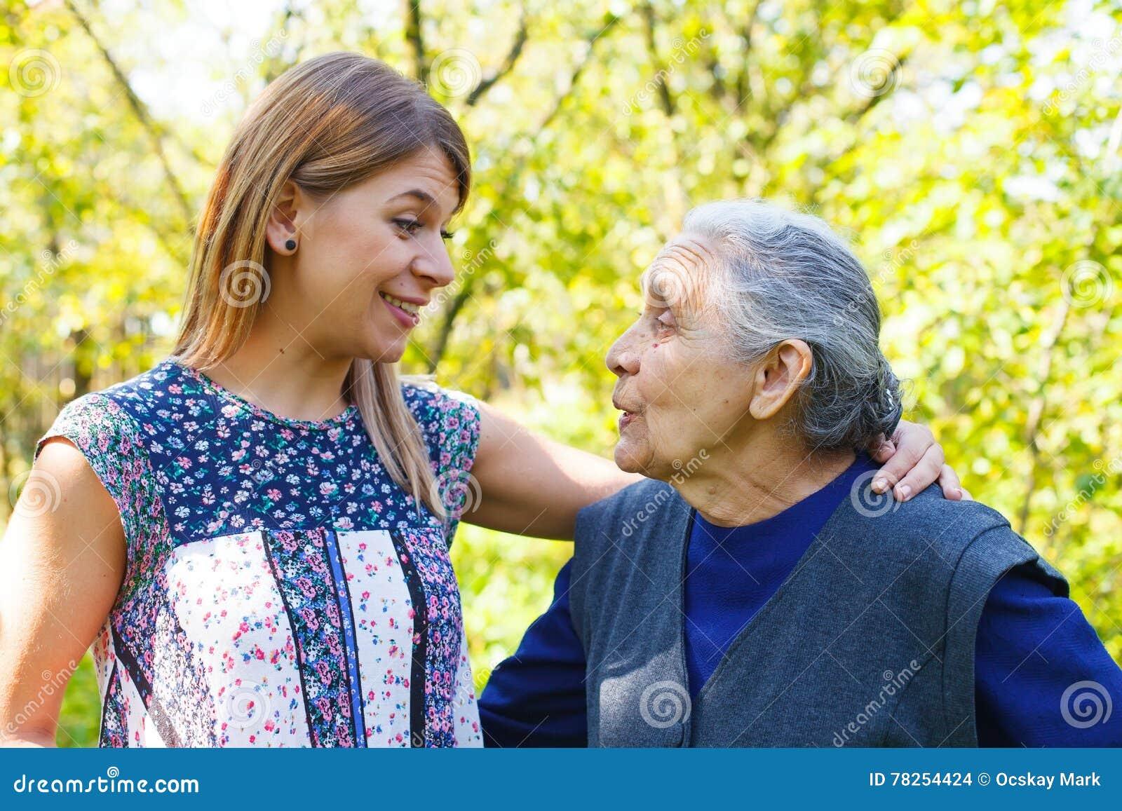 Ομιλία με Grandma