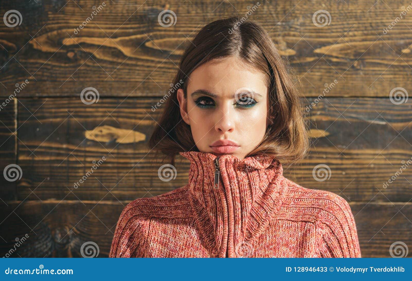 Ομορφιά και μόδα Γυναίκα με τη μόδα makeup Κορίτσι με τη γοητεία Makeup Σαλόνι και κομμωτής ομορφιάς Καλλυντικά Makeup