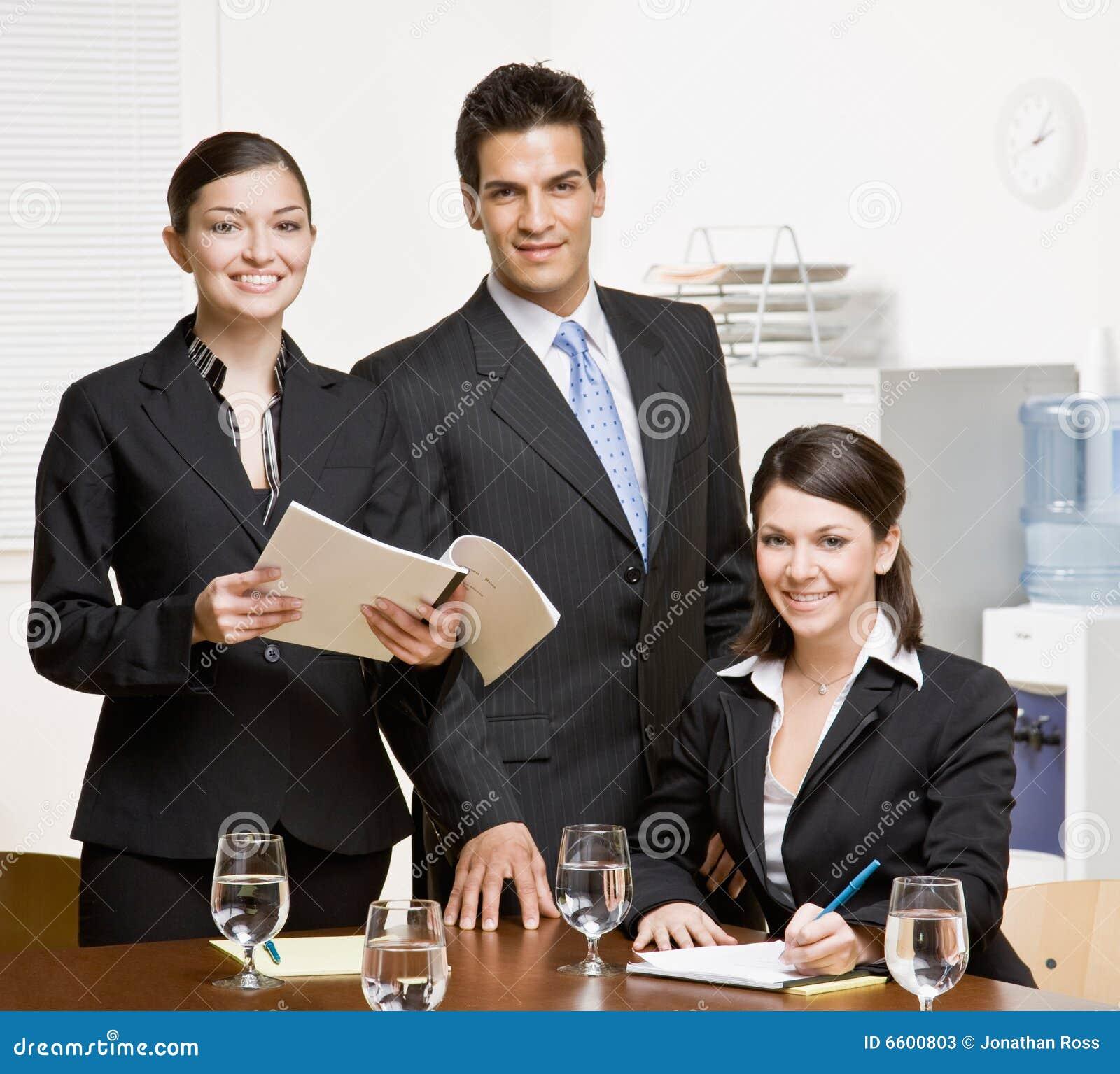 ομο εργαζόμενοι δωματίων γραφικής εργασίας διασκέψεων